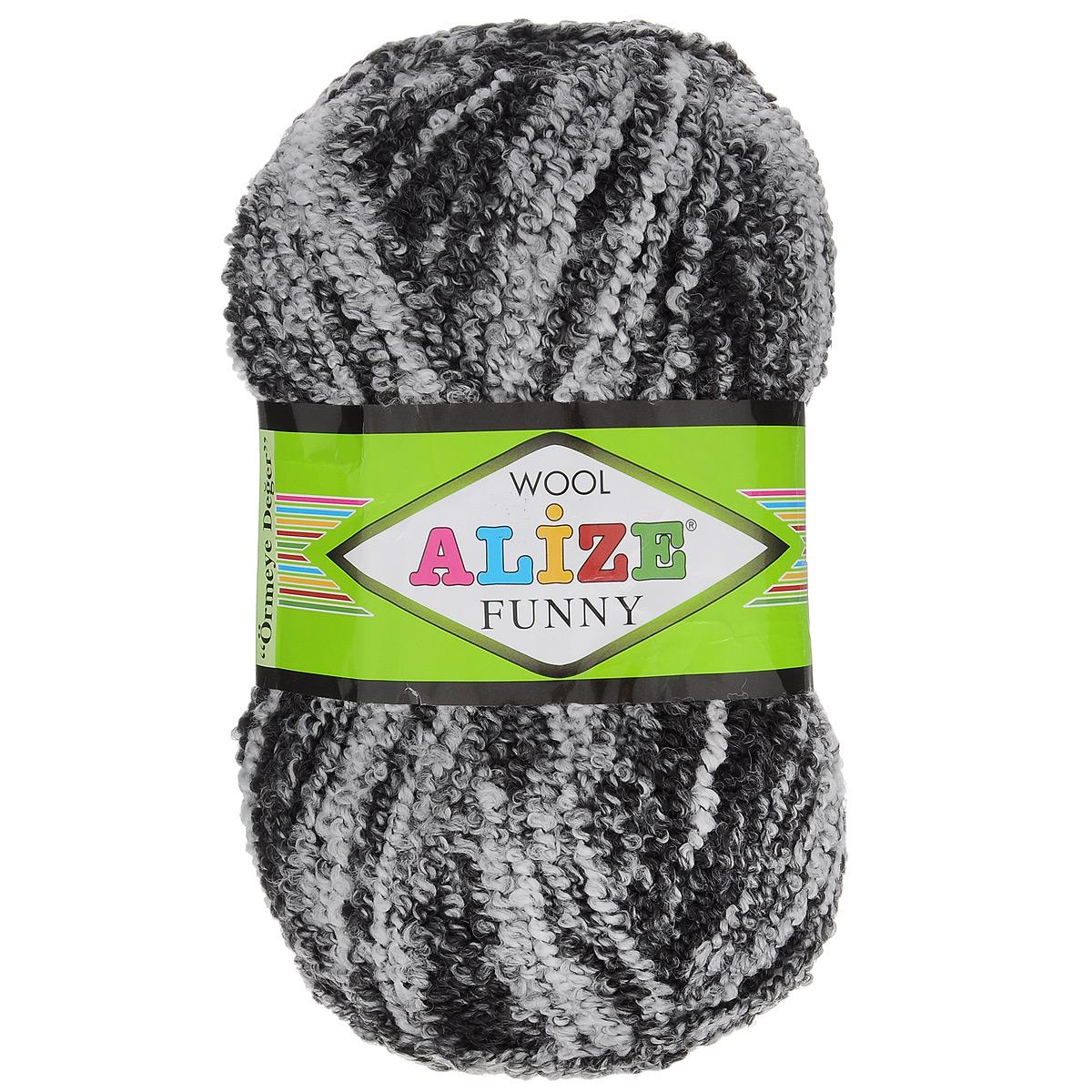 Пряжа для вязания Alize Wool Funny, цвет: черный, белый (1001), 170 м, 100 г, 5 шт364110_1001Пряжа для вязания Alize Wool Funny изготовлена из акрила, шерсти и полиэстера. Шерстяную пряжу лучше использовать для вязания верхней одежды. У нее более толстая и прочная нить. Вещи, связанные из такой пряжи, прекрасно согревают и при правильном уходе долго носятся. В качестве моделей для вязки можно рекомендовать плотные вещи: пальто, осенние длинные кардиганы, пончо, болеро, мужские свитера. Рассчитана на любой уровень мастерства, но особенно понравится начинающим мастерицам - благодаря толстой нити пряжа Alize Wool Funny позволяет быстро связать простую вещь. Структура и состав пряжи максимально комфортны для вязания. Рекомендованные спицы для вязания: № 6-7 мм. Комплектация: 5 мотков. Состав: 73% акрил, 20% шерсть, 7% полиэстер.