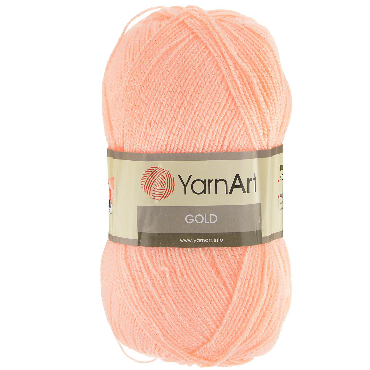 Пряжа для вязания YarnArt Gold, цвет: светло-персиковый (9353), 400 м, 100 г, 5 шт372007_9353Мерцающая нитка с люрексом для вязания эффектных вещей, тонкая, мягкая, нежная, приятная на ощупь. Пряжа окрашена равномерно с помощью стойких высококачественных красителей, нить плотно скручена, люрекс не выбивается в процессе вязания, петли ложатся равномерно. YarnArt Gold - декоративная пряжа с широкой цветовой палитрой, предназначенная для демисезонной одежды. Акрил защищает готовое изделие от закошлачивания, деформации после стирки и сушки. Нить гибкая и эластичная, хорошо тянется, превосходно сохраняет форму после носки. Изысканная пряжа для создания вечерних нарядов выглядит дорого и стильно. Кроме традиционного золотистого и серебристого, люрекс предлагается в тон нити - синий, зеленый, бежевый и т.д. Таким образом, блеск получается ненавязчивым, гармоничным, приятным глазу. YarnArt Gold выглядит красиво в болеро, свитерах, палантинах, шалях, шапках, шарфах, перчатках, гетрах, а также нарядных детских платьях, кофтах. Рекомендуется для вязания на спицах 2,75...
