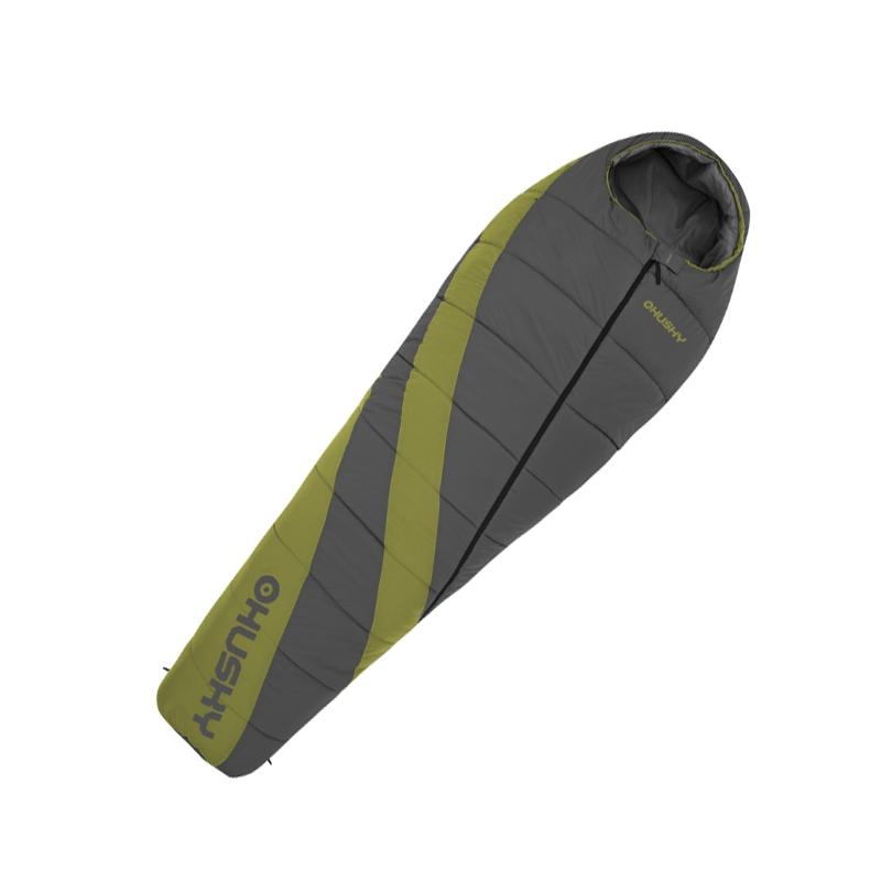 Спальный мешок Husky Espace, правосторонняя молнияУТ-000047942Легкий, компактный спальник Husky Espace подходит для универсального использования с весны до зимы. При весе менее килограмма - температура комфорта - 0 градусов! В качестве утеплителя использован Thermolite - теплоизолирующий материал, представляющий собой спиралевидные волокна, полые внутри. Обладает прекрасными потребительскими качествами, не теряет своих свойств в намокшем состоянии. Уникальные детали: теплоизоляционный воротник, капюшон с карманом для фиксации коврика, внешний карман, двухсторонняя молния, антискользящие полосы. В комплект также входит компрессионный мешок.