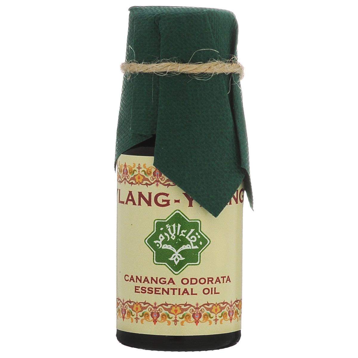 Зейтун Эфирное масло Иланг-иланг, 10 млZ3615Абсолютно чистое, 100% натуральное эфирное масло Иланг-Иланга, произведенное в соответствии со стандартом европейской фармакопеи; по своим качествам и свойствам значительно превосходит дешевые аналоги. Применение в ароматерапии: Эфирное масло иланг-иланга имеет ярко выраженное успокаивающее и расслабляющее действие. Рекомендуется при утомлении, беспокойстве, бессоннице. Традиционный афродизиак, средство для возбуждения полового влечения, применяется при фригидности, половом бессилии. Регулирует уровень адреналина, прекрасно разряжает эмоциональное напряжение, вселяя чувство радости и веселья. Эфирное масло иланг-иланга усмиряет гнев, снимает беспокойство, страх, помогает выйти из состояния шока и паники. Косметические свойства: При любом типе кожи. Регулирует выработку кожного сала. Убирает раздражения на сухой коже. Омолаживает, увлажняет, разглаживает, «полирует» кожу. Подходит для ухода за чувствительной и пористой кожей. Эфирное масло иланг-иланга устраняет угревую...
