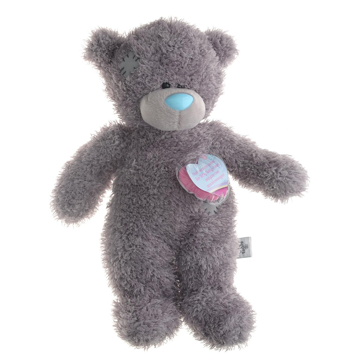 Me to You Мягкая игрушка Мишка Тедди, 24 смG01Q6079Очаровательная мягкая игрушка Me to You Мишка Тедди привлечет внимание любого ребенка. Она выполнена в виде трогательного медвежонка из приятного на ощупь материала. Глазки и носик выполнены из пластика. В комплект входят очаровательный голубой комбинезон, а также мягкое сердечко медвежонка, которое вставляется в специальное отверстие на спинке игрушки. Удивительно мягкая игрушка принесет радость и подарит своему обладателю мгновения нежных объятий и приятных воспоминаний. Долгая история Мишки Тедди создала целый культ в истории, про него снимали мультфильмы и фильмы, сочиняли сказки и песни, он был любимцем детей и взрослых множество лет и является им сейчас. Нет лучшего подарка для ребенка или для девушки, чем Мишка Тедди от Me To You. Он способен выразить вашу любовь, заботу или дружбу. Он подарит огромное количество любви и ласки своему владельцу, как это делали миллионы других медведей Тедди до него. Это именно та игрушка, которая имеет свою неповторимую...