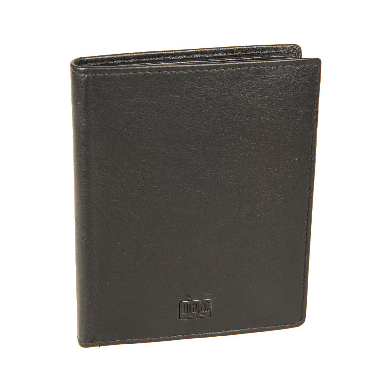 Портмоне мужское Mano, цвет: черный. 1910819108 tabula blackСтильное мужское портмоне Mano выполнен из натуральной кожи, оформлено не большой металлической пластинкой с логотипом бренда. Внутри - два отделения для купюр, карман для мелочи с клапаном на кнопке, три потайных кармашка, карман с сетчатой вставкой и десять отделений для пластиковых карт. Портмоне  Mano станет яркой деталью, которая выгодно подчеркнет ваш стильный неповторимый образ. Портмоне упаковано в фирменную коробку с логотипом бренда.