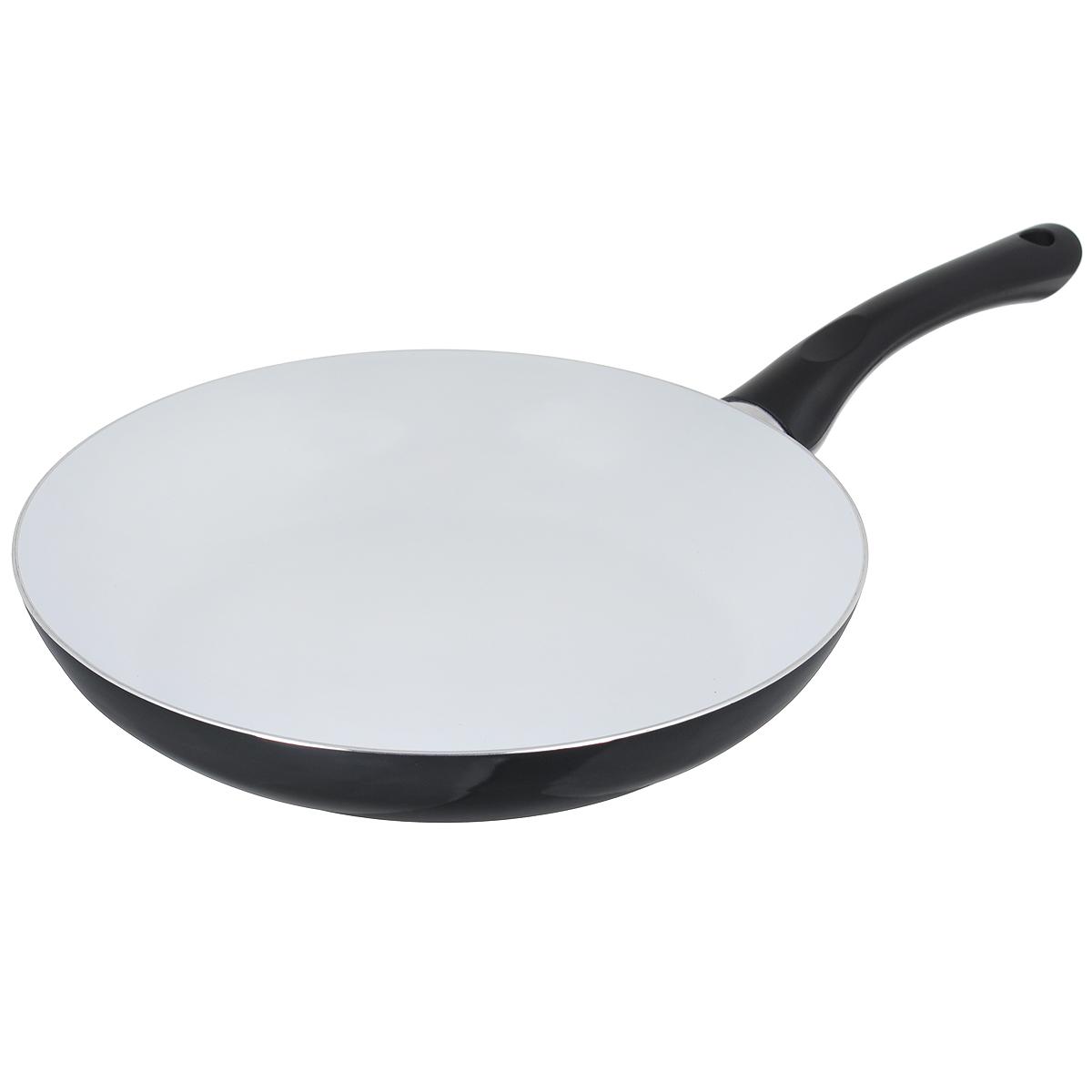 Сковорода Bekker, с керамическим покрытием, цвет: черный. Диаметр 28 см. BK-3704ВК-3704 черныйСковорода Bekker изготовлена из алюминия с внутренним керамическим покрытием. Благодаря этому пища не пригорает и не прилипает к стенкам. Готовить можно с минимальным количеством масла и жиров. Гладкая поверхность обеспечивает легкость ухода за посудой. Внешнее покрытие - цветной жаростойкий лак. Изделие оснащено удобной бакелитовой ручкой, которая не нагревается в процессе готовки. Сковорода подходит для использования на всех типах кухонных плит, кроме индукционных, а также ее можно мыть в посудомоечной машине. Высота стенки: 5 см. Толщина стенки: 2,5 мм. Толщина дна: 2,5 мм. Длина ручки: 18 см. Диаметр основания: 20 см.