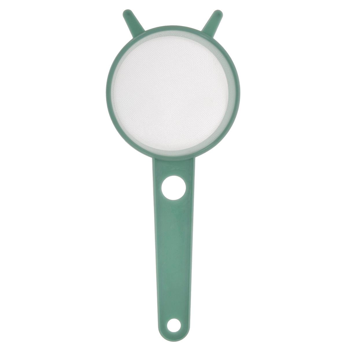 Сито Альтернатива с ручкой, цвет: зеленый, диаметр 7 смМ531Сито Альтернатива выполнено из высококачественного пластика. Компактное сито предназначено для просеивания муки, процеживания жидкости узкую тару. Прочная сетка и корпус обеспечивают изделию износостойкость и долговечность. Такое сито станет достойным дополнением к кухонному инвентарю. Диаметр: 7,5 см. Длина (с учетом ручки): 19 см. Высота стенок: 4 см.