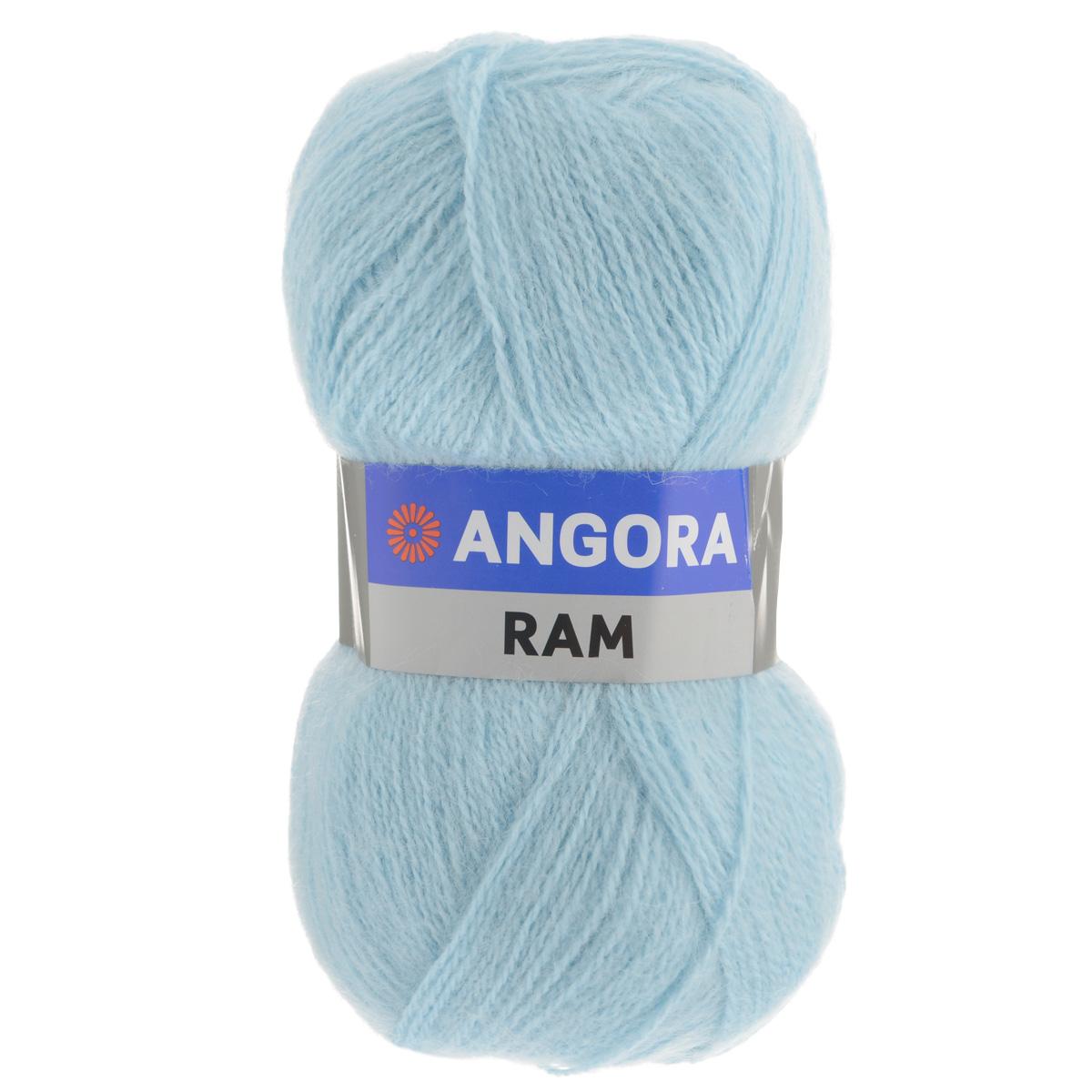 Пряжа для вязания YarnArt Angora Ram, цвет: светло-голубой (215), 500 м, 100 г, 5 шт372037_215Пряжа для вязания YarnArt Angora Ram изготовлена из натурального мохера с добавлением акрила. Пряжа из такого материала обладает повышенной прочностью и эластичностью, а изделия получаются теплые и уютные. Скрутка нити плотная, равномерная, не расслаивается, не путается, хорошо скользит по спицам, вяжется очень легко. Петли выглядят аккуратно, а натуральный мохер обеспечивает теплоту, легкость и превосходный внешний вид. Нить можно комбинировать с полушерстяными пряжами для смягчения рисунка, придания благородной пушистости фактуре нити, а также для улучшения тепловых характеристик. Благодаря содержанию синтетических волокон, изделия из YarnArt Angora Ram устойчива к скатыванию, а благодаря своей мягкости подходит для детских вещей. Ажурные вещи из этой пряжи сохраняют тепло не хуже плотного вязания, оставаясь легкими и объемными. Рекомендована ручная стирка до 30°C. Рекомендованные спицы и крючок для вязания 4 мм. Состав: 40% мохер,...