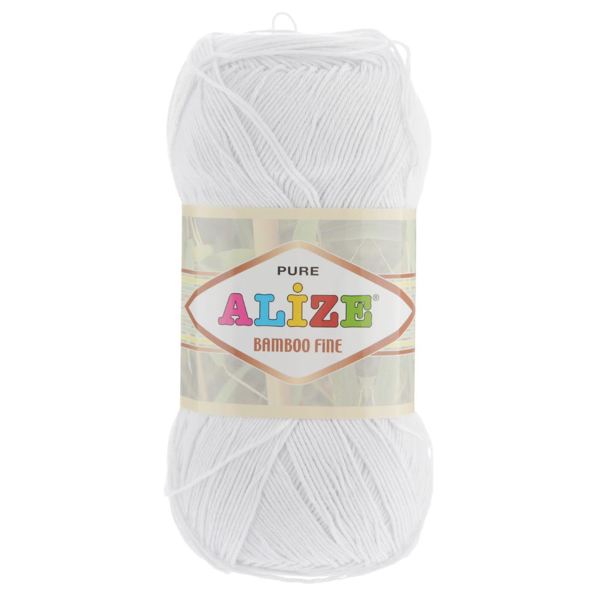 Пряжа для вязания Alize Bamboo Fine, цвет: белый (55), 440 м, 100 г, 5 шт688988_55Пряжа Alize Bamboo Fine подходит для ручного вязания детям и взрослым. Пряжа однотонная, приятная на ощупь, хорошо лежит в полотне. Изделия из такой нити получаются мягкие и красивые. Рекомендованные спицы 2,5-3,5 мм и крючок для вязания 1-3 мм. Состав: 100% бамбук.
