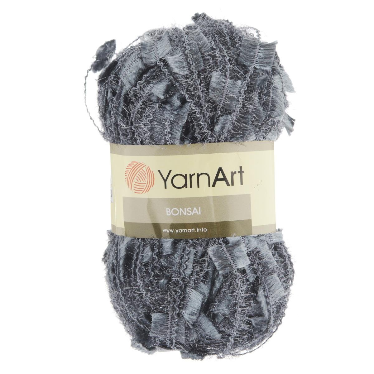 Пряжа для вязания YarnArt Bonsai, цвет: серый (406), 100 м, 100 г, 5 шт372075_406Фантазийная пряжа для вязания YarnArt Bonsai яркая и оригинальная. Из такой пряжи можно вязать изделие целиком или использовать для отделки. В основном вяжут из таких ниток нарядные вещи - болеро, блузки, топики, платья, юбки, пуловеры и т. д. В настоящее время вязание плотно вошло в нашу жизнь, причем не столько в виде привычных свитеров, сколько в виде оригинальных, изящных моделей из самой разнообразной пряжи. Поэтому так важно подобрать именно ту пряжу, которая позволит вам связать даже самую сложную и необычную модель изделия. Комплектация: 5 мотков. Состав: 100% полиамид. Рекомендована ручная стирка до 30°C. Рекомендованные спицы 8 мм, крючок 9 мм.