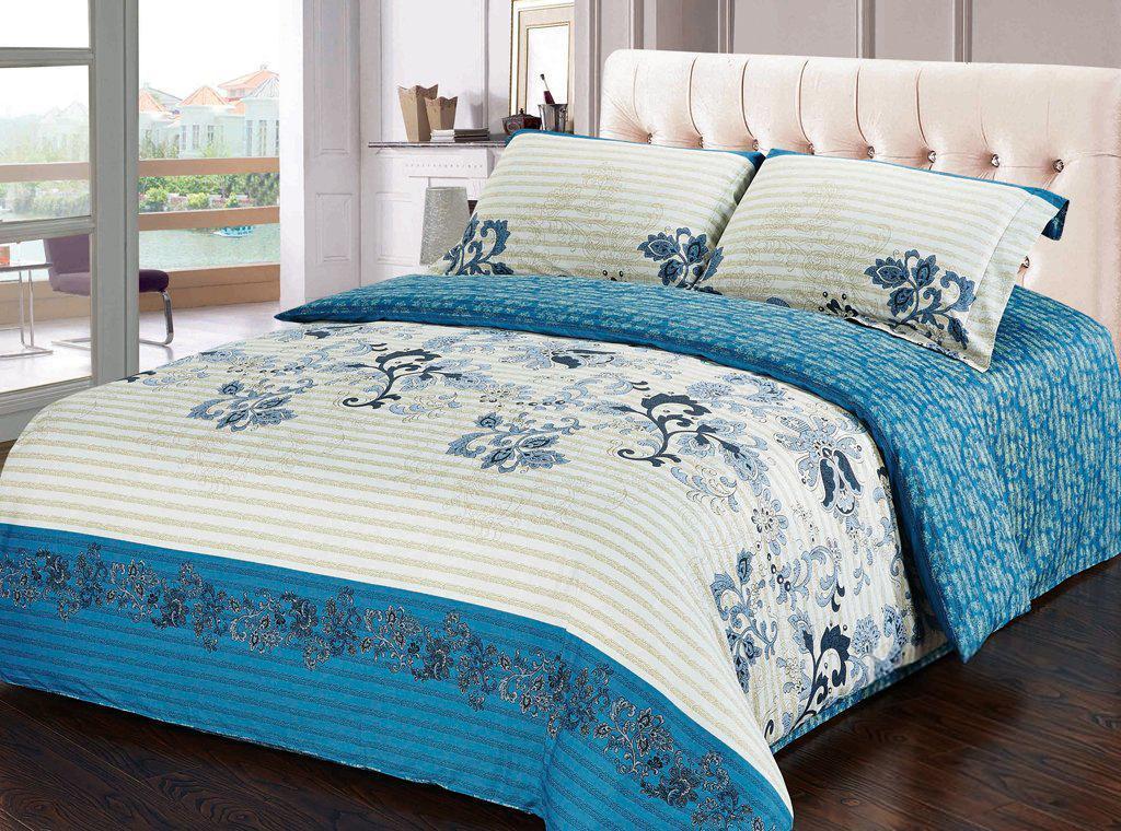 Комплект белья Soft Line, евро, наволочки 50х70, цвет: белый, голубой. 1020010200Комплект белья Soft Line, выполненный из сатина (100% хлопок), состоит из пододеяльника, простыни и двух наволочек. Изделия оформлены ярким принтом. Постельное белье из сатина очень прочное и долговечное. Такой комплект выдержит многократное количество стирок, а яркие цвета не начнут тускнеть очень продолжительное время. Сатин практически не мнется, не электризуется, великолепно впитывает влагу и отлично вентилируется.