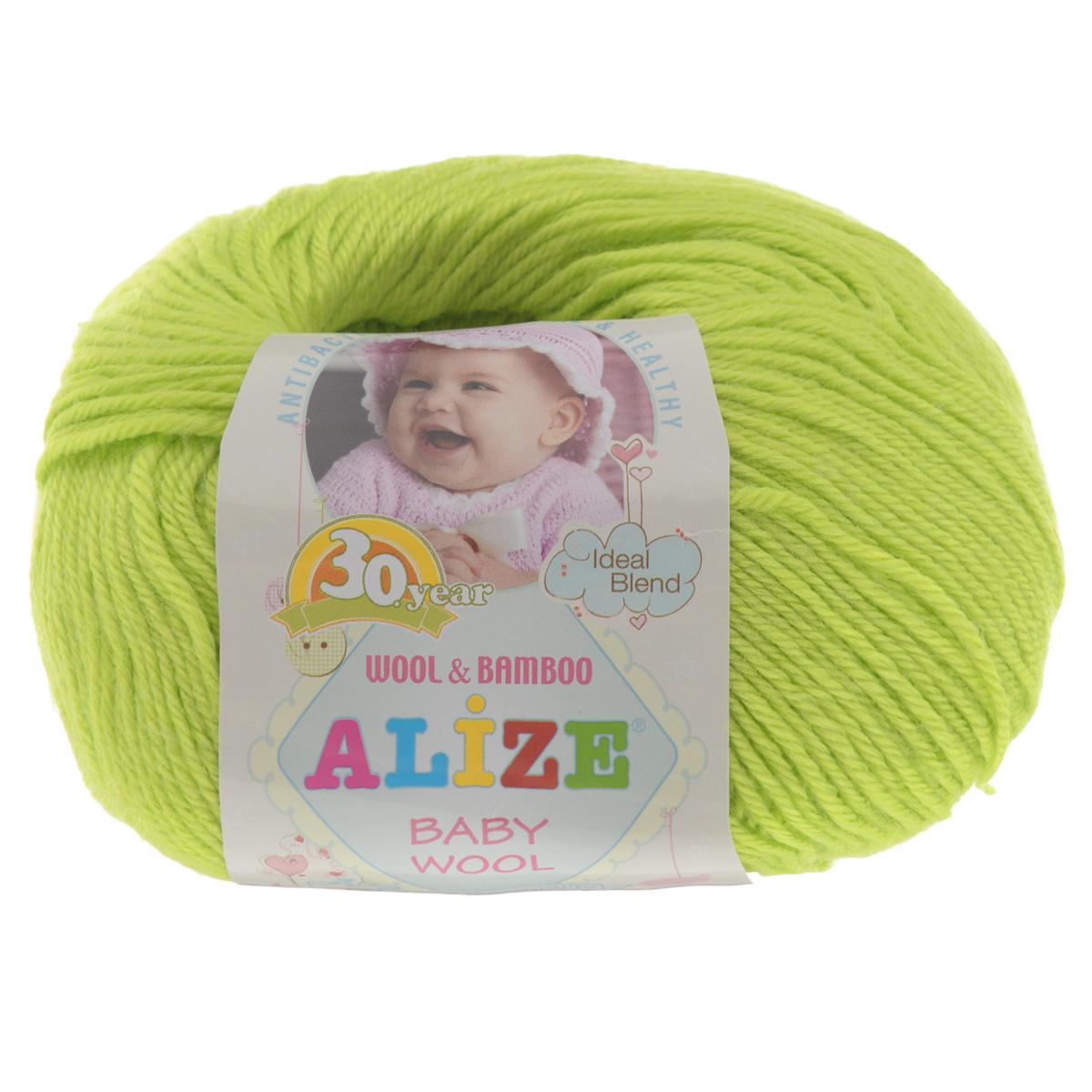 Пряжа для вязания Alize Baby Wool, цвет: ярко-зеленый (612), 175 м, 50 г, 10 шт686501_612Детская пряжа для вязания Baby Wool изготовлена из очень мягкой и высококачественной натуральной шерсти и бамбука. Из пряжи Baby Wool получается тонкий, но очень теплый трикотаж для ребенка. Акрил в составе нитей допускает легкую машинную стирку вещей. Цветовая палитра включает в себя цветовые комбинации, которые подходят как для мальчиков, так и для девочек. Комплектация: 10 мотков. Состав: 40% шерсть, 40% акрил, 20% бамбук.