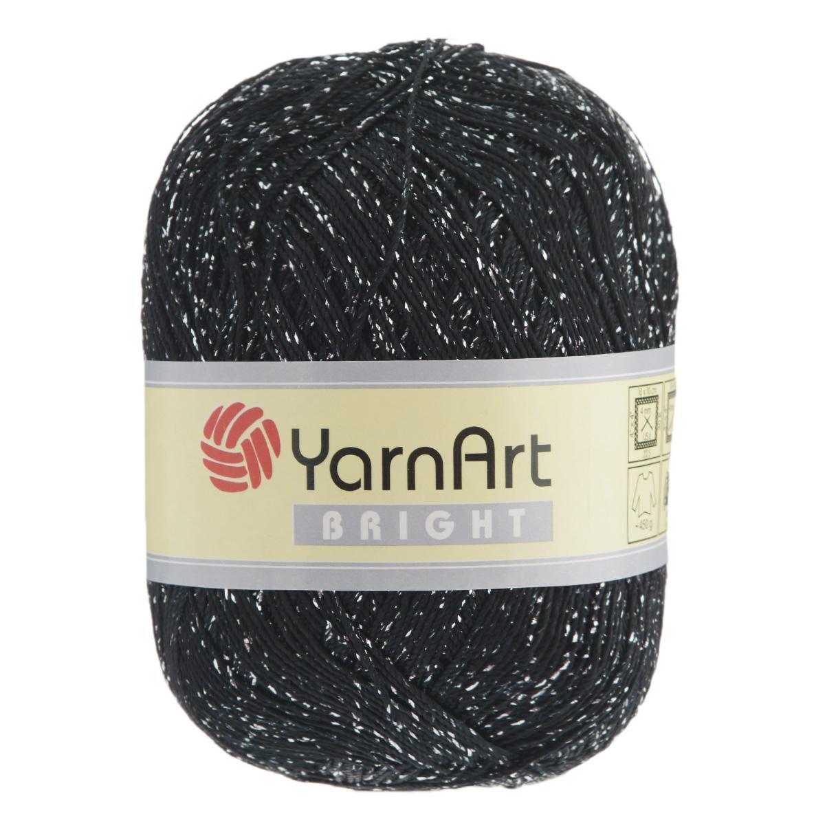 Пряжа для вязания YarnArt Bright, цвет: черный, серебряный (107), 340 м, 90 г, 6 шт372010_107С фантазийной пряжей YarnArt Bright с металлизированным полиэстером вязаные изделия приобретут оригинальный вид. Из такой пряжи можно вязать изделие целиком или использовать ее для отделки. В основном вяжут из таких ниток нарядные вещи - болеро, блузки, топики, платья, юбки, пуловеры и т. д. В настоящее время вязание плотно вошло в нашу жизнь, причем не столько в виде привычных свитеров, сколько в виде оригинальных, изящных моделей из самой разнообразной пряжи. Поэтому так важно подобрать именно ту пряжу, которая позволит вам связать даже самую сложную и необычную модель изделия. Комплектация: 6 мотков. Состав: 80% полиэстер, 20% металлизированный полиэстер. Допускается машинная стирка 40°C. Рекомендованы спицы и крючок 4 мм.