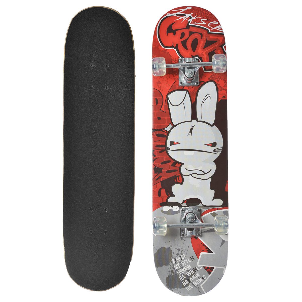 Скейтборд Larsen, дека 79 см х 20 см. SB-1245170Скейтборд Larsen - отличный выбор для начинающих и опытных скейтбордистов, а также для людей, любящих активно проводить время. Скейтборд изготовлен из натурального китайского клена, имеет прочную алюминиевую подвеску. В последнее время экстремальные виды спорта, такие как катание на скейтборде, становятся очень популярными. Скейтбординг - это зрелищный и экстремальный вид спорта, представляющий собой катание на роликовой доске с преодолением препятствий и выполнением различных трюков.