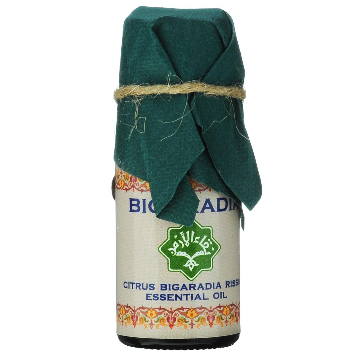 Зейтун Эфирное масло Бигарадия, 10 млZ3606Абсолютно чистое, 100% натуральное эфирное масло Бигардии, произведенное в соответствии со стандартом европейской фармакопеи; по своим качествам и свойствам значительно превосходит дешевые аналоги. Применение в ароматерапии: Этот аромат эфирного масла бигаридии— хорошее средство против депрессии, стимулирует тело, освежает восприятие, помогает избавиться от безысходности и равнодушия, создает романтическое настроение, помогает ощутить вкус жизни. Косметические свойства: Используется для регенерации сухой и нормальной кожи. Лечебные свойства: Эфирное масло бигаридии оказывает антисептическое, противомикробное, противоревматическое, антисклеротическое, желчегонное, антитоксическое, дезодорирующее, заживляющее, обезболивающее, антидепрессивное, противовоспалительное, антиспазматическое, возбуждающее, ветрогонное, отхаркивающее, потогонное, стимулирующее и тонизирующее действие. Эфирное масло бигаридии благотворно воздействует на кожные покровы, слизистую оболочку...