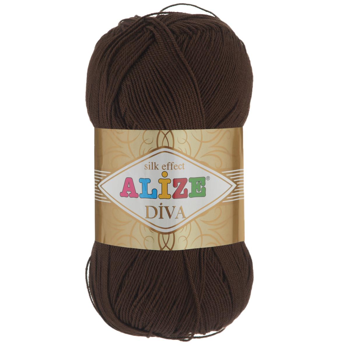 Пряжа для вязания Alize Diva, цвет: коричневый (26), 350 м, 100 г, 5 шт364126_26Легкая пряжа Diva с шелковым эффектом для весенних или летних вещей. Приятная на ощупь, обладающая высокой гигроскопичностью, пряжа Diva из микрофибры подойдет для самых разных вязаных изделий: сарафанов, туник, платьев, легких костюмов, кофт, шалей и накидок. Ее с одинаковым успехом можно использовать и для спиц, и для вязания крючком. В палитре большой выбор ярких цветов и пастельных мягких оттенков. Не стоит с предубеждением относиться к искусственной пряже, ведь она обладает целым рядом преимуществ. За изделиями из пряжи Diva проще ухаживать, они не подвержены скатыванию, не вызывают аллергии, не собирают пыль, не линяют и не оставляют ворсинок на другой одежде. Рекомендованные спицы № 2,5-3,5, крючок № 1-3. Состав: 100% микрофибра.