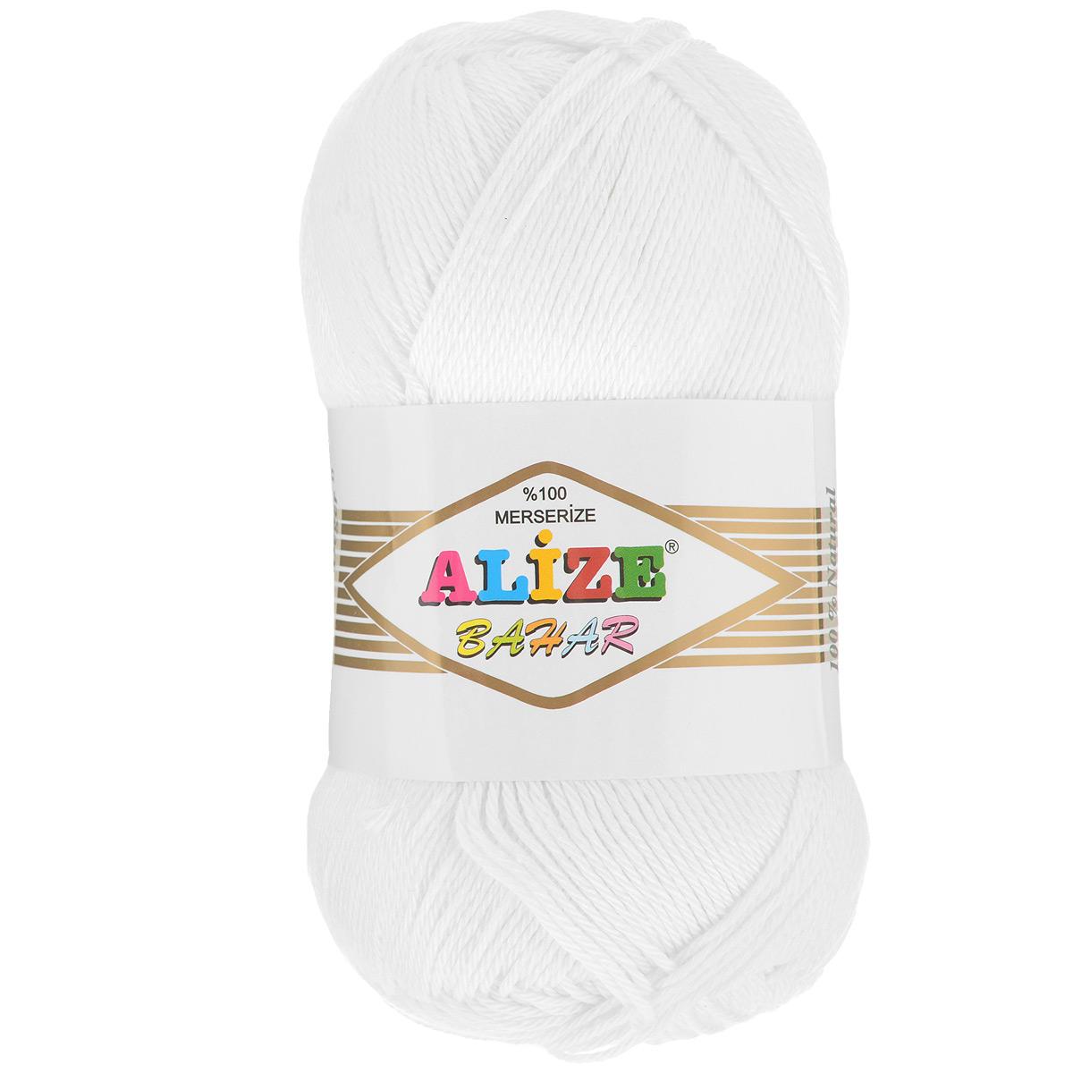Пряжа для вязания Alize Bahar, цвет: белый (55), 260 м, 100 г, 5 шт364089_55Пряжа Alize Bahar подходит для ручного вязания детям и взрослым. Пряжа однотонная, приятная на ощупь, хорошо лежит в полотне. Изделия из такой нити получаются мягкие и красивые. Рекомендованные спицы 3-5 мм и крючок для вязания 2-4 мм. Комплектация: 5 мотков. Состав: 100% хлопок.