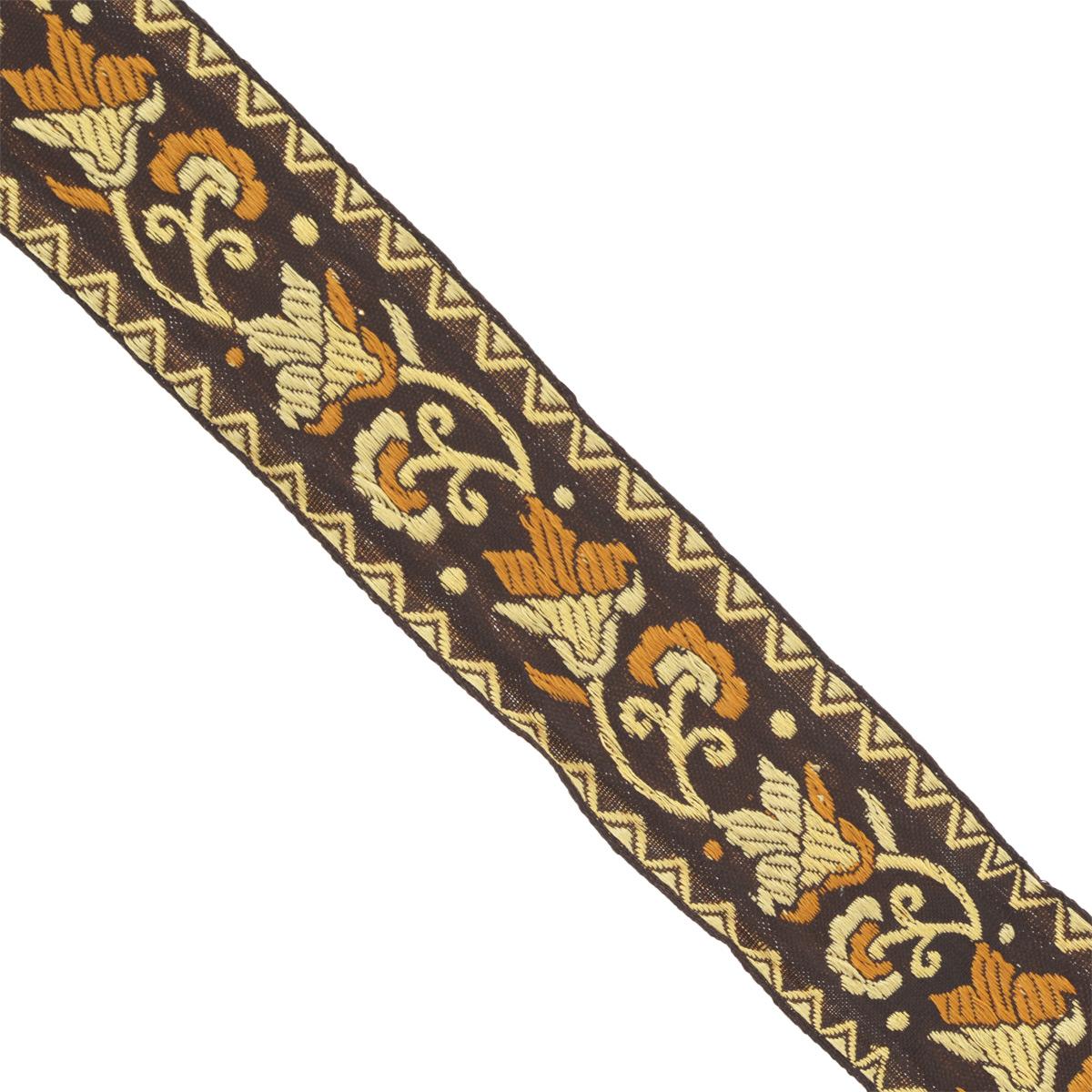 Тесьма декоративная Астра, цвет: черный, ширина 4 см, длина 16,4 м. 77033837703383Декоративная тесьма Астра выполнена из текстиля и оформлена оригинальным орнаментом. Такая тесьма идеально подойдет для оформления различных творческих работ таких, как скрапбукинг, аппликация, декор коробок и открыток и многое другое. Тесьма наивысшего качества и практична в использовании. Она станет незаменимым элементом в создании рукотворного шедевра. Ширина: 4 см. Длина: 16,4 м.