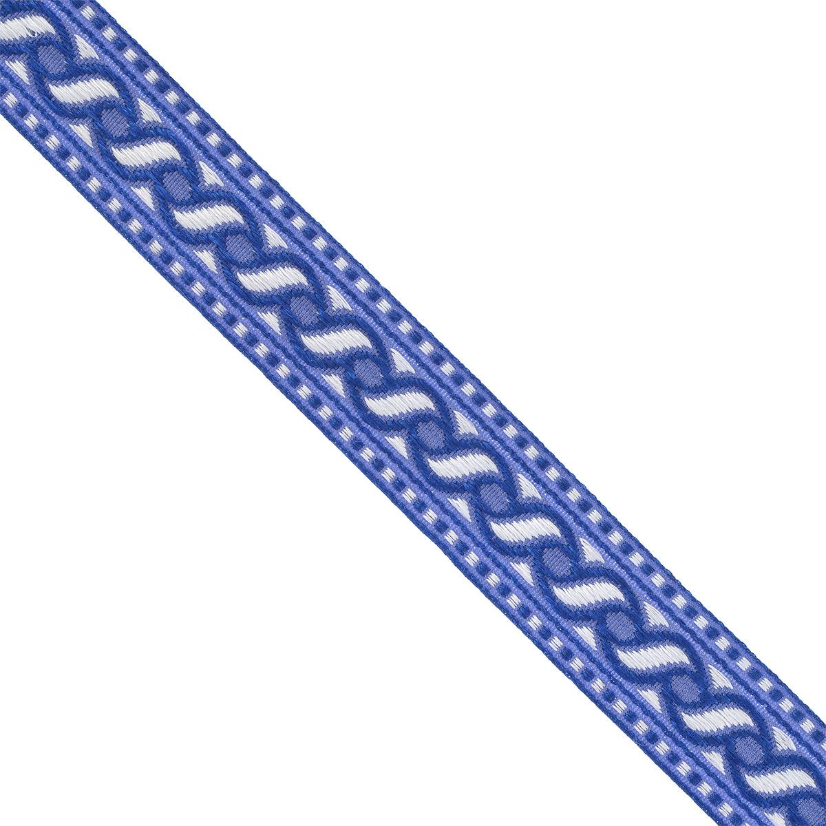 Тесьма декоративная Астра, цвет: синий (2), ширина 2 см, длина 16,4 м. 77032737703273_2Декоративная тесьма Астра выполнена из текстиля и оформлена оригинальным орнаментом. Такая тесьма идеально подойдет для оформления различных творческих работ таких, как скрапбукинг, аппликация, декор коробок и открыток и многое другое. Тесьма наивысшего качества и практична в использовании. Она станет незаменимым элементом в создании рукотворного шедевра. Ширина: 2 см. Длина: 16,4 м.