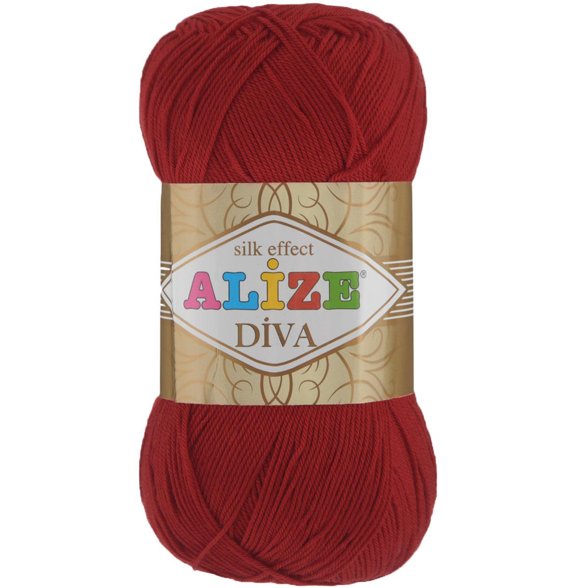 Пряжа для вязания Alize Diva, цвет: красный (106), 350 м, 100 г, 5 шт364126_106Легкая пряжа Diva с шелковым эффектом для весенних или летних вещей. Приятная на ощупь, обладающая высокой гигроскопичностью, пряжа Diva из микрофибры подойдет для самых разных вязаных изделий: сарафанов, туник, платьев, легких костюмов, кофт, шалей и накидок. Ее с одинаковым успехом можно использовать и для спиц, и для вязания крючком. В палитре большой выбор ярких цветов и пастельных мягких оттенков. Не стоит с предубеждением относиться к искусственной пряже, ведь она обладает целым рядом преимуществ. За изделиями из пряжи Diva проще ухаживать, они не подвержены скатыванию, не вызывают аллергии, не собирают пыль, не линяют и не оставляют ворсинок на другой одежде. Рекомендованные спицы № 2,5-3,5, крючок № 1-3. Состав: 100% микрофибра.