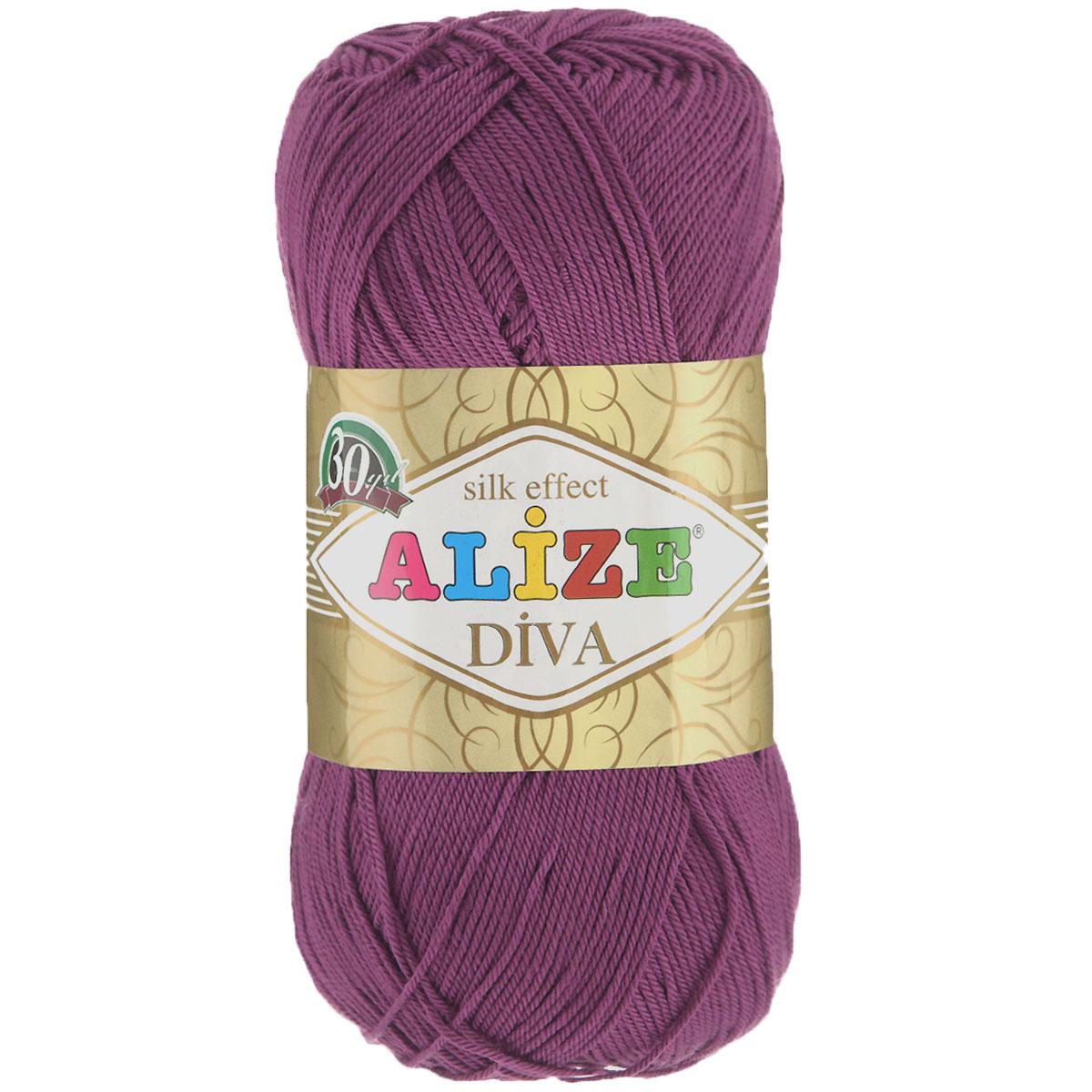 Пряжа для вязания Alize Diva, цвет: сливовый (297), 350 м, 100 г, 5 шт364126_297Легкая пряжа Diva с шелковым эффектом для весенних или летних вещей. Приятная на ощупь, обладающая высокой гигроскопичностью, пряжа Diva из микрофибры подойдет для самых разных вязаных изделий: сарафанов, туник, платьев, легких костюмов, кофт, шалей и накидок. Ее с одинаковым успехом можно использовать и для спиц, и для вязания крючком. В палитре большой выбор ярких цветов и пастельных мягких оттенков. Не стоит с предубеждением относиться к искусственной пряже, ведь она обладает целым рядом преимуществ. За изделиями из пряжи Diva проще ухаживать, они не подвержены скатыванию, не вызывают аллергии, не собирают пыль, не линяют и не оставляют ворсинок на другой одежде. Рекомендованные спицы № 2,5-3,5, крючок № 1-3. Состав: 100% микрофибра.