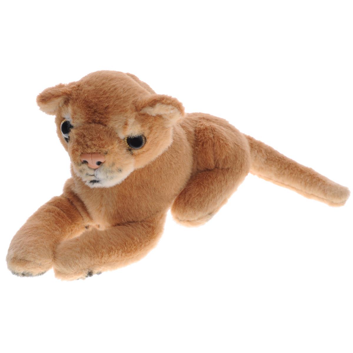 Magic Bear Toys Мягкая игрушка Лев, 20 см. 7SW16F7SW16FОчаровательная игрушка Magic Bear Toys Лев выполнена в виде красивого льва. Игрушка изготовлена из нетоксичных экологически чистых материалов. Глазки и носик выполнены из пластика. Зверек обладает мягкой бежевой шерсткой, выполненной из искусственного меха. Для набивки используется силиконизированное волокно. Удивительно мягкая игрушка принесет радость и подарит своему обладателю мгновения нежных объятий и приятных воспоминаний. Великолепное качество исполнения делают эту игрушку чудесным подарком к любому празднику. Трогательная и симпатичная, она непременно вызовет улыбку у детей и взрослых.