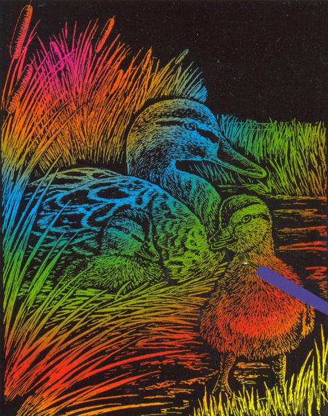 Набор для создания гравюры Engraving Art Утка, 21 см х 31 см7700684Набор для создания гравюры Engraving Art Утка поможет вам создать свой личный шедевр - красивую картину (графическое произведение) на листе с эскизом. Гравюра создается при помощи специального штихеля (скребка), которым процарапывается рисунок из-под слоя краски. Творчество отвлечет вас от повседневных забот! Работа, сделанная своими руками, создаст особый уют и атмосферу в доме и долгие годы будет радовать вас и ваших близких, а подарок, выполненный собственноручно, станет самым ценным для друзей и знакомых. В набор входят: - лист с эскизом, - тестовый лист, - скребок, - инструкция.