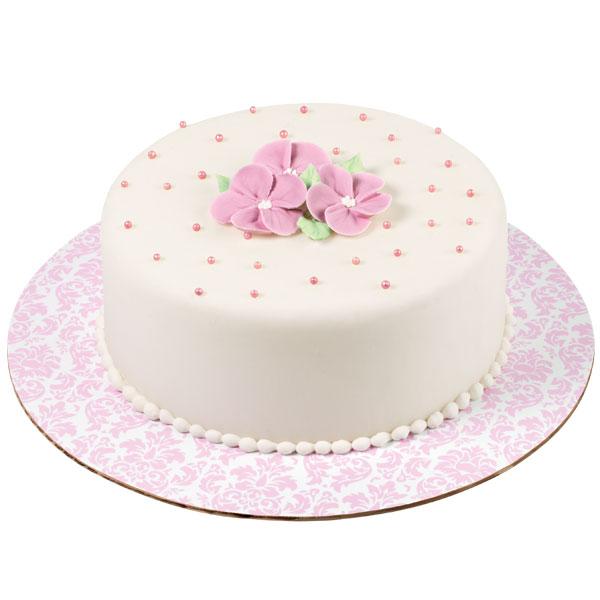 Основа для торта Wilton Розовый дамаск, диаметр 30,5 см, 3 штWLT-2104-0403Основа Wilton Розовый дамаск выполнена из гофрированного картона с жиронепроницаемым покрытием и оформлена красивым узором. Используется для сервировки тортов, пицц, небольших праздничных угощений, закусок и т.п. Диаметр: 30,5 см. Толщина: 3 мм.