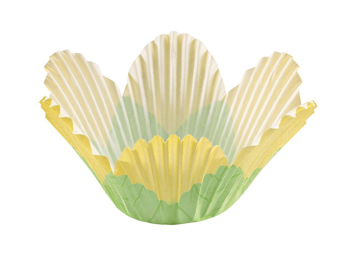 Набор бумажных форм для кексов Wilton Лепестки, цвет: желтый, диаметр 8 см, 24 штWLT-415-1443Набор Wilton Лепестки состоит из 24 бумажных форм для кексов, выполненных в виде цветка. Они предназначены для выпечки и упаковки кондитерских изделий, также могут использоваться для сервировки орешков, конфет и др. Для одноразового применения. Гофрированные бумажные формы идеальны для выпечки кексов, булочек и пирожных. Высота стенки: 5,5 см. Диаметр (по верхнему краю): 8 см. Диаметр дна: 5 см.