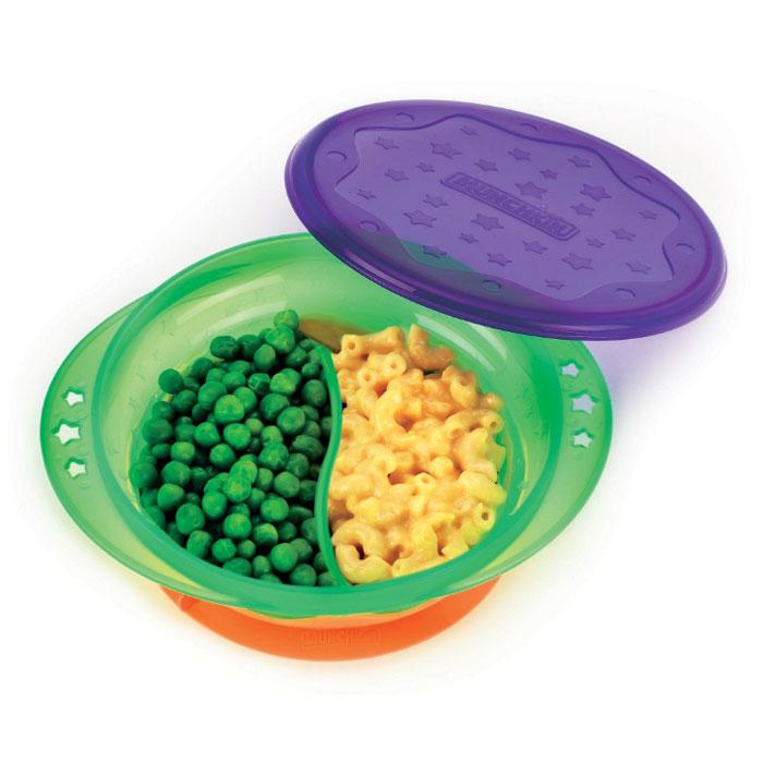 Тарелка детская на присоске Munchkin, двухсекционная, с крышкой, диаметр 15,5 см17336Детская тарелочка Munchkin, выполненная из пластика с удобной присоской, идеально подойдет для кормления малыша и самостоятельного приема им пищи. Специальная резиновая присоска фиксирует тарелочку на столе, благодаря чему она не упадет, еда не прольется, а ваш малыш будет доволен. Тарелка разделена на две секции, которые не позволят смешиваться еде. В комплект к тарелке предусмотрена плотно закрывающаяся крышка, которая позволит сохранить остатки еды или будет полезна в дороге. Кредо Munchkin, американской компании с 20-летней историей: избавить мир от надоевших и прозаических товаров, искать умные инновационные решения, которые превращает обыденные задачи в опыт, приносящий удовольствие. Понимая, что наибольшее значение в быту имеют именно мелочи, компания создает уникальные товары, которые помогают поддерживать порядок, организовывать пространство, облегчают уход за детьми - недаром компания имеет уже более 140 патентов и изобретений, используемых в создании ее...