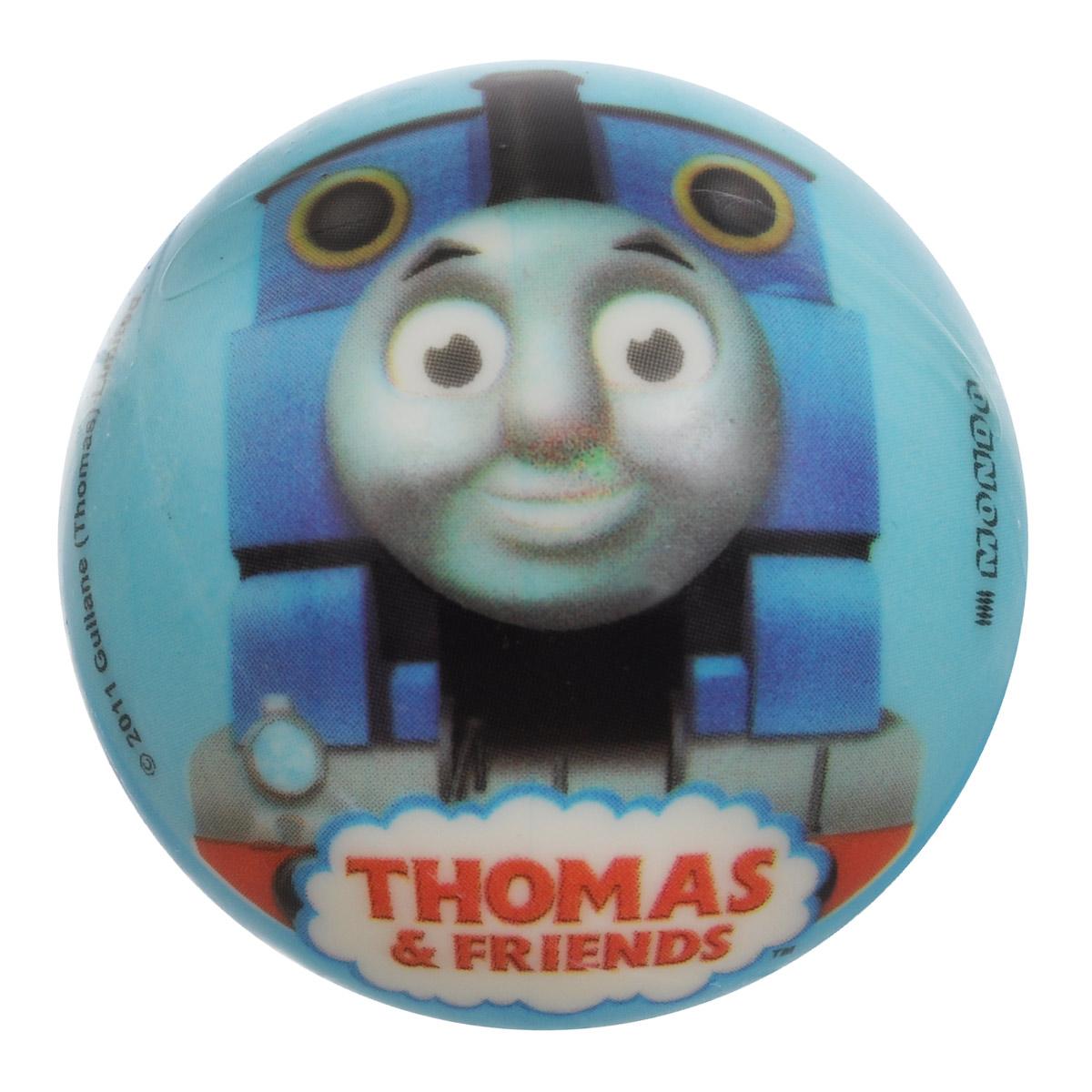 Мяч Mondo Томас, 6 см, в ассортименте05/568Мяч Mondo Томас непременно понравится вашему малышу. Маленький мячик Томас изготовлен из полимерного материала высокого качества и абсолютно безопасен для здоровья Вашего ребенка. Мячик отличается высокой износостойкостью и прекрасным качеством принта - изображение не стирается и не выцветает долгое время. Мячик оформлен красочным изображением паровозика из популярного мультика Паровозик Томас и его друзья. Игра в мяч - отличное решение для непоседливого ребенка, чтобы направить его энергию в нужное русло! Небольшой мячик идеально подойдет для легких и веселых детских игр в песочнице или на большой площадке, тем более что игрушка очень хорошо отскакивает от земли и стен, легко летает и очень прочная. Занятия с мячом развивают координацию и ловкость, а кроме того, способствуют социализации и развитию навыков общения со сверстниками. УВАЖАЕМЫЕ КЛИЕНТЫ! Товар поставляется в ассортименте. Поставка осуществляется в одном из приведенных вариантов в...