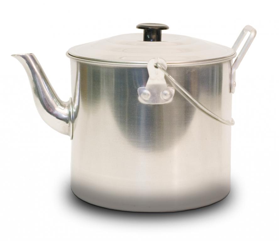 Чайник Canadian Camper CC-K341, 3,41 л32100027Чайник Canadian Camper CC-K341 выполнен из высококачественной нержавеющей стали. Имеет компактный дизайн, благодаря чему он замечательно подходит для использования как дома, так и на выезде. Оснащен ручкой и складной дугой для подвешивания над костром. Диаметр чайника (без учета носика и ручки): 16,5 см. Высота чайника: 14 см.