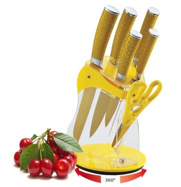 ZEIDAN Z-3070 Набор ножей, 7 предметовZ-3070Набор ножей, 7 предметов, лезвия с антибактериальным покрытием золотистого цвета (нож поварской - 1,8 mm/8, нож разделочный - 1,8mm/8, нож для хлеба -1,8mm/8, нож универсальный - 1,2 mm/5, нож для овощей-1,2mm/3,5, ножницы), лезвие из нерж.стали, ручки декорированные под кожу, прозрачная подставка из акрила Материал: нержавеющая сталь, пластик, акрил; цвет: золотистый