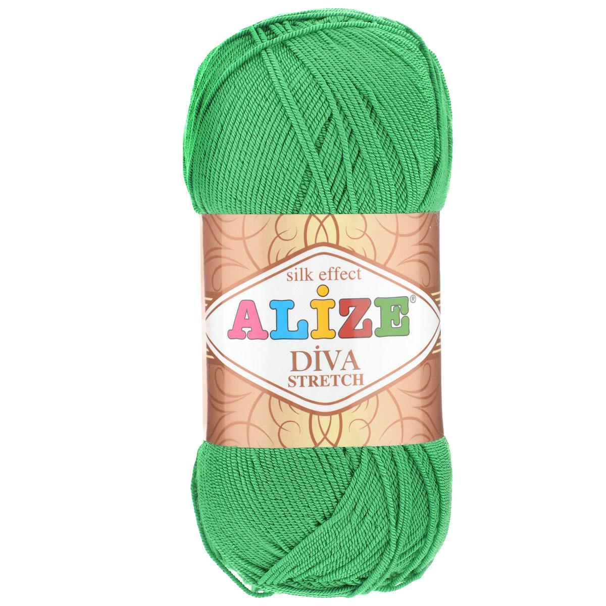 Пряжа для вязания Alize Diva Stretch, цвет: зеленый (123), 400 м, 100 г, 5 шт367021_123Легкая пряжа Alize Diva Stretch из микрофибры с добавлением ПБТ эластика. Пряжа не выгорает на солнце и не линяет. Готовые изделия из этой пряжи быстро сохнут, после намокания практически не деформируются. Эластичная пряжа Diva Stretch обладает поистине уникальными характеристиками. Она мягкая, тонкая и в то же время прочная, она легко ложится в приятное на ощупь, упругое, тянущееся, но сохраняющее свою форму полотно и отлично смотрится в узорах. Изделия, связанные из этой пряжи, прекрасно держат форму и не растягиваются. Пряжа стрейч. Готовое изделие из пряжи Alize Diva Stretch после первой стирки слегка садится. Поэтому, перед тем, как начать работать с этой нитью, рекомендуется связать образец, постирать и высушить его, выяснить степень усадки и только потом, с учетом этих данных, делать расчет петель. Рекомендованные спицы № 2-3,5, крючок № 1-3. Состав: 92% микрофибра (акрил), 8% ПБТ эластик.