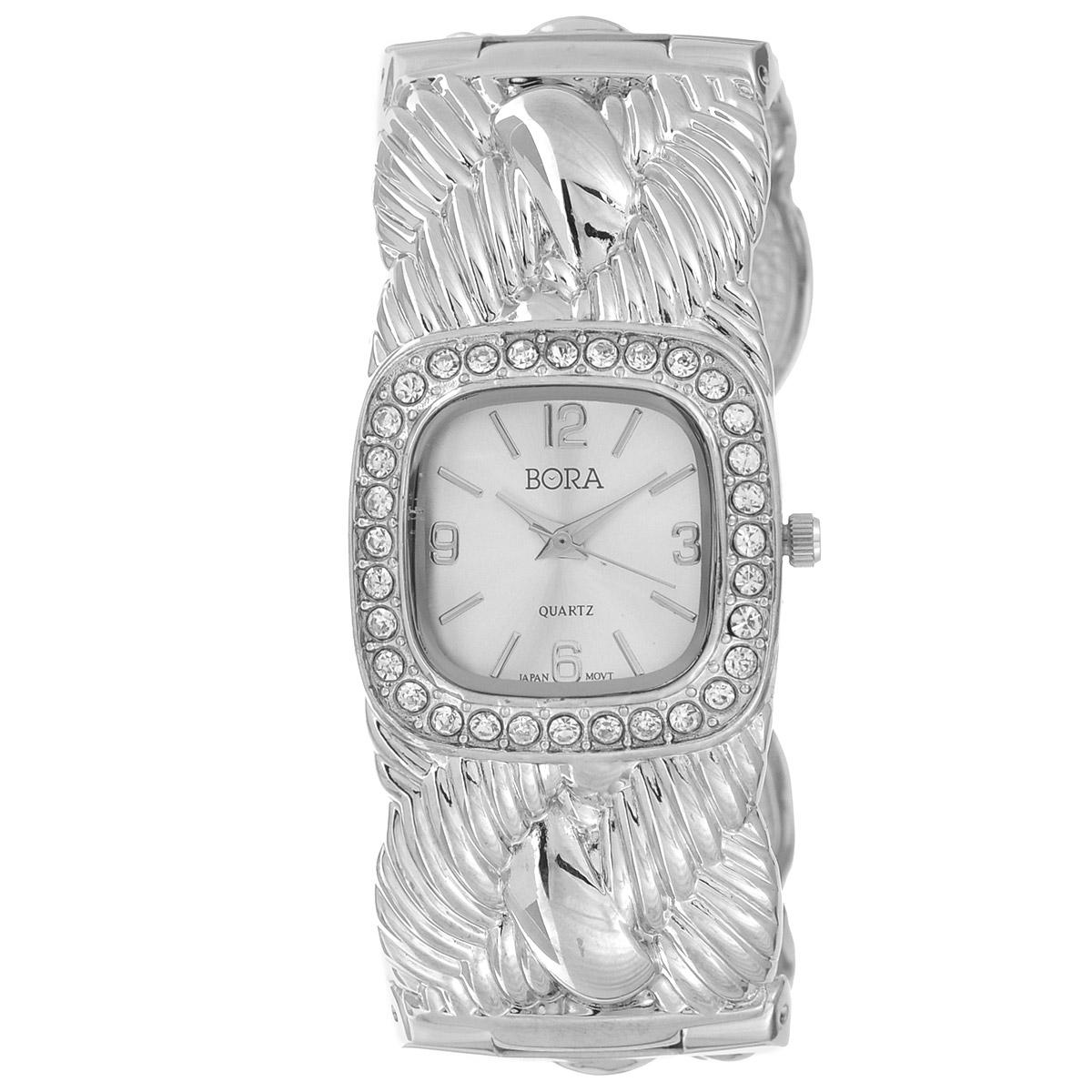 Часы наручные женские Bora, цвет: серебряный. FWBG083 / T-B-8520-WATCH-SILVERFWBG083 / T-B-8520-WATCH-SILVERЧасы торговой марки Bora отличает изысканный стиль и превосходное качество изготовления. Японский механизм Seiko отличает невероятная точность. С ними вы точно не пропустите ничего интересного. Корпус часов выполнен из легированного металлического сплава и украшен стразами. Браслет также металлический, с быстрой пружинной защелкой. Практичная и незаменимая вещь в сумасшедшем ритме современной жизни. Стильный и элегантный аксессуар идеально дополнит ваш повседневный образ. Характеристики: Размеры корпуса: 2,6 х 2,6 х 0,6 см. Не водостойкие. Диаметр браслета: 6,5 см.