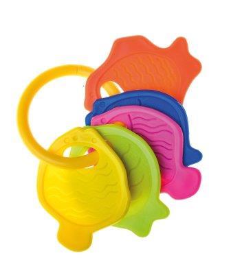 Игрушка-погремушка Курносики Ловись, рыбка. 2137121371Игрушка-погремушка Ловись, рыбка выполнена из безопасного пластика и представляет собой кольцо с пятью рельефными элементами в виде рыбок разных цветов. Развивает слух, моторику, мышление, концентрацию внимания, цветовое восприятие.