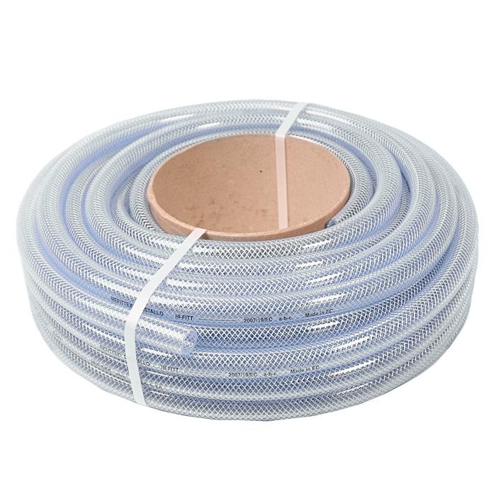 Шланг поливочный Fitt Refittex Cristallo, трехслойный, диаметр 22 мм, 20 м3730387рАрмированный прозрачный трехслойный шланг Fitt Refittex Cristallo, изготовленный из ПВХ, предназначен для полива. Изделие армировано путем вставки тонкого плетения из нитей полиэстера по всей его поверхности. Армированные шланги имеют преимущество в силу лучшей устойчивости на разрыв и работы под давлением без раздувания. Однако армированные шланги жесткие, а потому особенно подвержены перегибам и заломам. Температура использования шланга -10°C до +50°C. Устойчив к ультрафиолетовым лучам и образованию водорослей на внутреннем слое. Применяется всесезонно. Легок в использовании. Внешний диаметр шланга: 22 мм. Внутренний диаметр шланга: 16 мм. Рабочее давление: 20 бар.