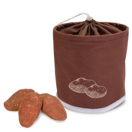 Сумка для хранения картофеля IRIS, цвет: коричневый, белый9501-TСумка IRIS выполнена из прочного полиэстера в форме цилиндра, декорирована рисунком и предназначена для хранения картофеля. Вставка из сетки способствует вентиляции и предотвратит образованию плесени. Закрывается сумка на затягивающийся шнурок.
