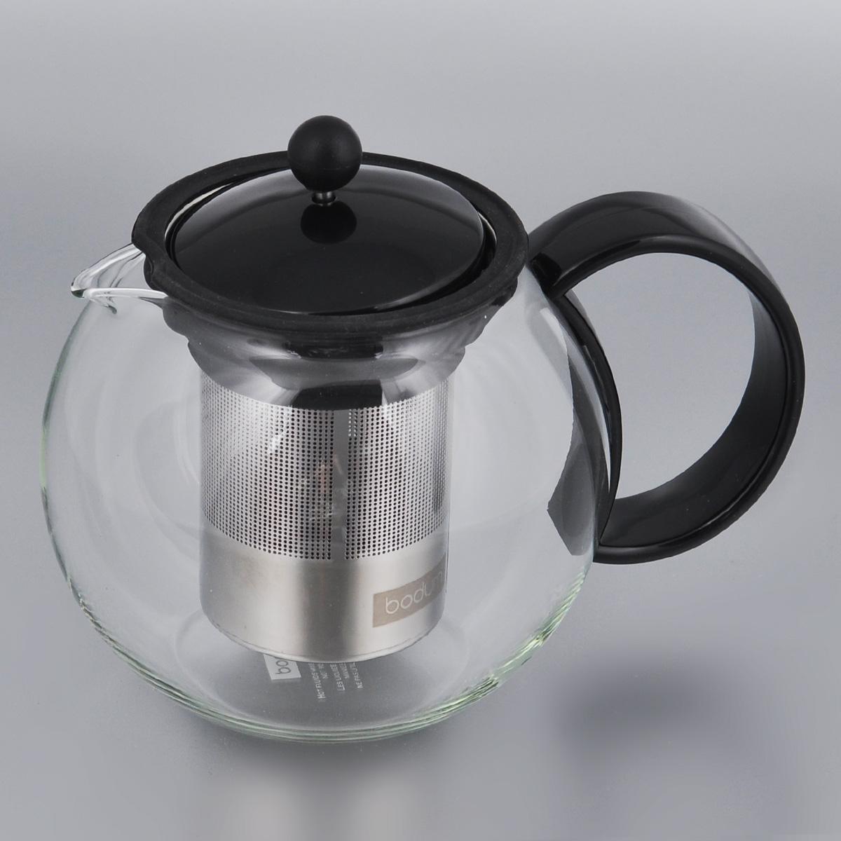 Френч-пресс Bodum Assam, 1 л. 1805-011805-01Заварочный чайник Bodum Assam выполнен из термостойкого стекла. Чайник оснащен фильтром-сеткой и прессом, выполненными из нержавеющей стали и пластика. Засыпая чайную заварку в фильтр-сетку и заливая ее горячей водой, вы получаете ароматный чай с оптимальной крепостью и насыщенностью. Остановить процесс заварки чая легко. Для этого нужно просто опустить поршень, и заварка уйдет вниз, оставляя вверху напиток, готовый к употреблению. Чайник снабжен крышкой и удобной ручкой. Заварочный чайник Bodum Assam займет достойное место на вашей кухне и позволит вам заварить свежий, ароматный чай. Можно мыть в посудомоечной машине. Диаметр чайника (по верхнему краю): 9 см. Высота чайника (без учета крышки): 12,5 см.