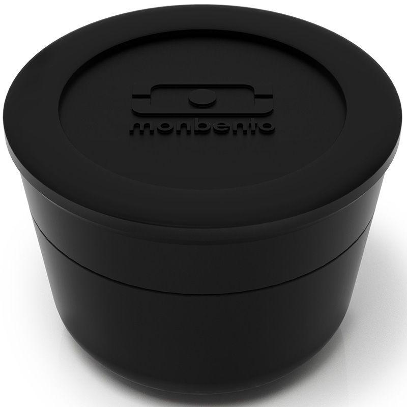 Соусница Monbento MB Temple с крышкой, цвет: черный, 75 мл1005 03 002Соусница с крышкой Monbento MB Temple - удобное дополнение к ланч-боксу, которое позволит заправить соусом салат или гарнир прямо перед едой. Соусница изготовлена из полипропилена и имеет герметичную плотно закручивающуюся крышку. Идеально помещается в ланч-бокс от Monbento, занимая минимум места. Можно мыть в посудомоечной машине, а также хранить в морозильной камере. Диаметр соусницы: 5,5 см. Объем соусницы: 75 мл. Высота соусницы (с учетом крышки): 5 см.