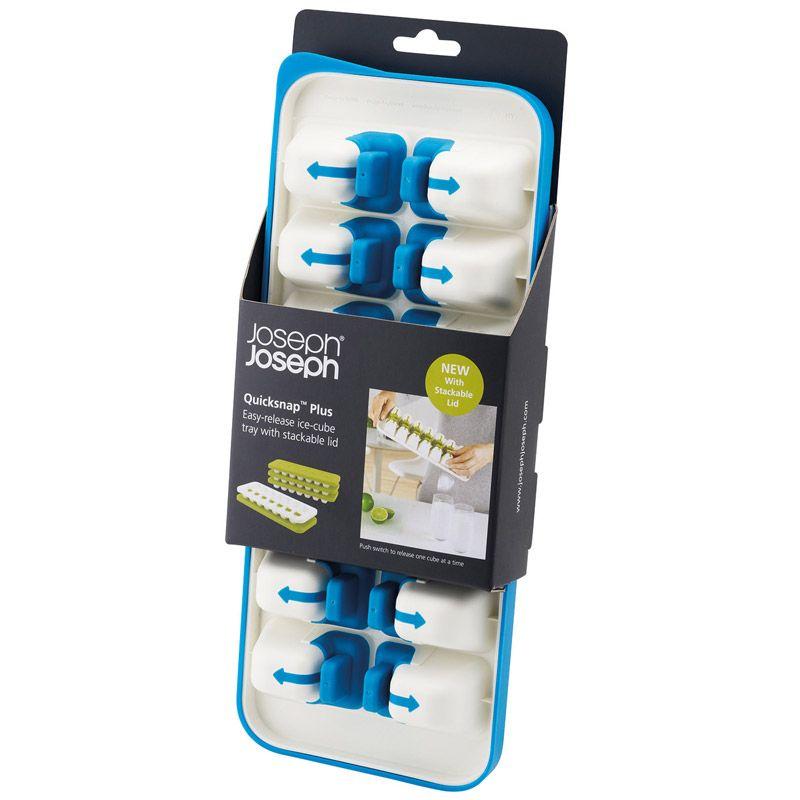 Форма для льда Joseph Joseph Quick Snap Plus с крышкой, цвет: голубой, 14 ячеек20020Форма для льда Joseph Joseph Quick Snap Plus, изготовленная из высококачественного пластика, оснащена крышкой и 14 ячейками для приготовления льда. Иногда из формы для льда сложно достать один конкретный кубик: они либо высыпаются все, либо ни одного. В этой форме каждая ячейка оснащена специальной силиконовой кнопкой, которая позволяет точечно достать отдельные льдинки и отправить их сразу в стакан. Для того чтобы достать кубик льда, нужно просто нажать на кнопочку на дне формы, и лед упадет туда, куда нужно. Герметичная крышка позволяет предотвратить разлив воды и защищает лед от запахов других продуктов в морозильнике. Можно мыть в посудомоечной машине. Размер ячейки: 5 см х 3,5 см х 3 см.