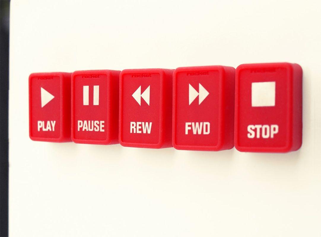 Набор магнитов Rocketdesign Pushy, цвет: красный, 5 штPUSHY-OUT-48-REDXXНабор Rocketdesign Pushy, изготовленный из пластика с силиконовым покрытием, состоит из пяти оригинальных магнитов прямоугольной формы. Вы сможете превратить холодильник в магнитофон с функцией записи, благодаря таким магнитам. В комплекте есть все необходимые кнопки, чтобы не забыть о важном деле, списке покупок или дате концерта любимой группы. Такие магниты станут прекрасным сувениром для каждого. Комплектация: 5 шт. Размер магнита: 3,5 см х 2,3 см х 1,3 см.