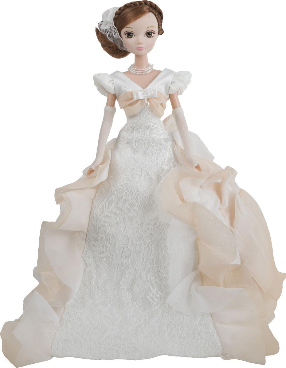 Sonya Rose Кукла Gold Collection Воздушное безеR9080NКукла имеет чётко проработанные тонкие черты лица и строго пропорциональное тело, а также длинные уложенные блестящие волосы, выразительные глаза с густыми шикарными ресницами. Волосы можно расчесывать, придумывая разнообразные причёски. Одета кукла в роскошное сказочной красоты бальное платье, которое декорировано нежными кружевами и рюшами