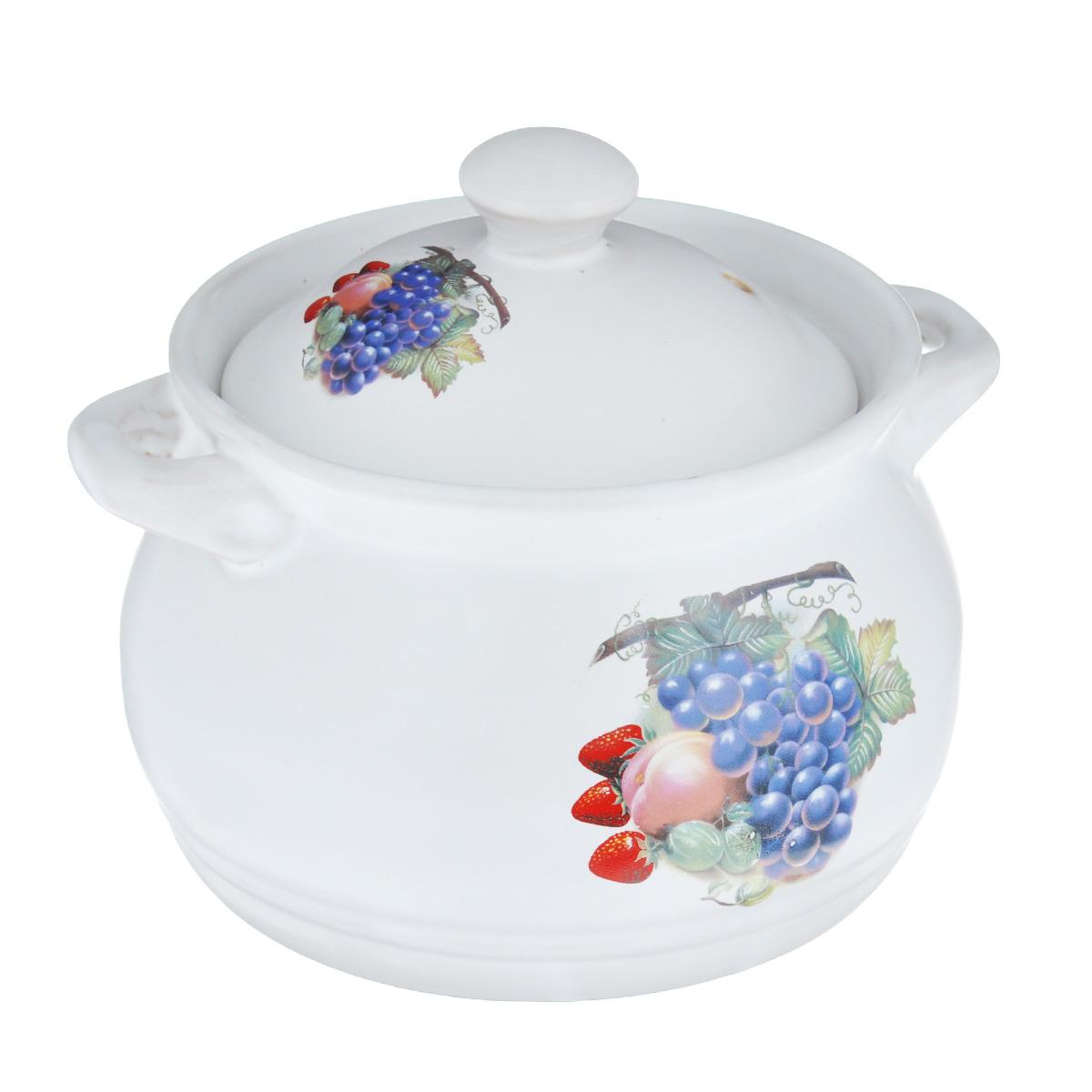 Кастрюля Bekker Фрукты с крышкой, 1,8 лBK-7320Кастрюля Bekker Фрукты изготовлена из жаропрочной керамики и декорирована изображением фруктов. При приготовлении в керамической посуде сохраняются питательные вещества и витамины. Керамика - прочный материал, который эффективно и быстро нагревается и удерживает тепло, медленно и равномерно его распределяя. Кроме того, керамика термостойка: она выдерживает температуру от - 30°С до 230°С. Кастрюля оснащена удобными ручками. Крышка изготовлена из керамики и оснащена отверстием для выхода пара. Она плотно прилегает к краю кастрюли, сохраняя аромат блюд. Можно использовать на газовой, электрической, керамической плитах и в духовом шкафу. Не подходит для индукционных плит. Не рекомендуется мыть в посудомоечной машине. Диаметр кастрюли (по верхнему краю): 16 см. Высота стенки кастрюли: 11 см. Толщина стенки кастрюли: 4 мм. Толщина дна кастрюли: 4 мм. Ширина кастрюли с учетом ручек: 20,5 см.