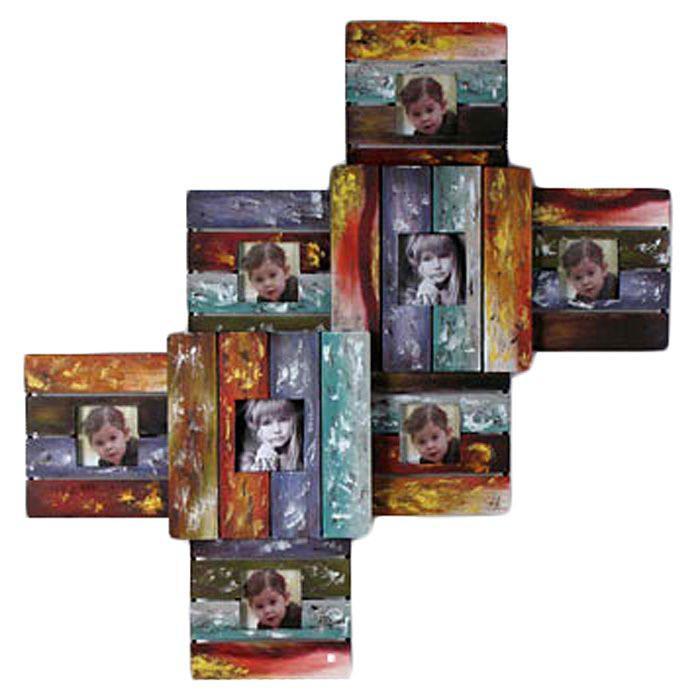 Декоративная настенная фоторамка Цвета. 1915919159Декоративная рамка для фотографий Цвета выполнена из металла в виде восьми квадратных рамок разного размера, соединенных между собой на одной основе. Такая рамка поможет украсить ваш интерьер и позволит сохранить на память изображения дорогих вам людей и интересных событий вашей жизни, например, романтического путешествия, и вы всегда будете в хорошем настроении. Характеристики: Материал: металл, стекло. Общий размер фоторамки: 84 см х 58 см х 6,5 см. Размер фотографии: 9 см х 9 см; 10 см х 10 см. Размер упаковки: 93 см х 10 см х 63 см. Артикул: 19159.
