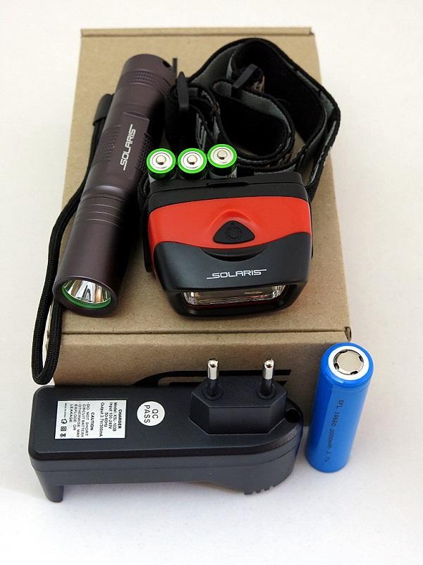 Набор фонарей SOLARIS Kit F-30/L20 с комплектациейS4103Набор фонарей состоит из ручного туристического фонаря SOLARIS F-30 и налобного фонаря SOLARIS L20. Такое сочетание позволяет решать многие задачи по освещению в походе, на рыбалке, на даче: - Компактный фонарь SOLARIS F-30 - для освещения среднеудаленных объектов, удобен в качестве карманного фонаря. - Налобный фонарь SOLARIS L20 - пригодится везде, где нужны свободные руки, для освещения близких объектов. ОПИСАНИЕ ФОНАРЯ SOLARIS F-30: Мощный компактный светодиодный фонарь, подходит для ежедневного ношения в качестве карманного. Фонарь выполнен из авиационного алюминия с III (наивысшей) степенью защитного анодирования корпуса. Влагозащищенный — стандарт IPX8. Фонарь снабжен современным светодиодом СREE XP-E R3 (США). Встроенный стабилизатор напряжения. Мощность светового потока 150 люмен, дальность эффективного излучения света 150 метров. Размеры/вес фонаря: 118мм *24мм; 60грамм (без батареи). Световой поток фонаря максимально сбалансирован - фонарем удобно...