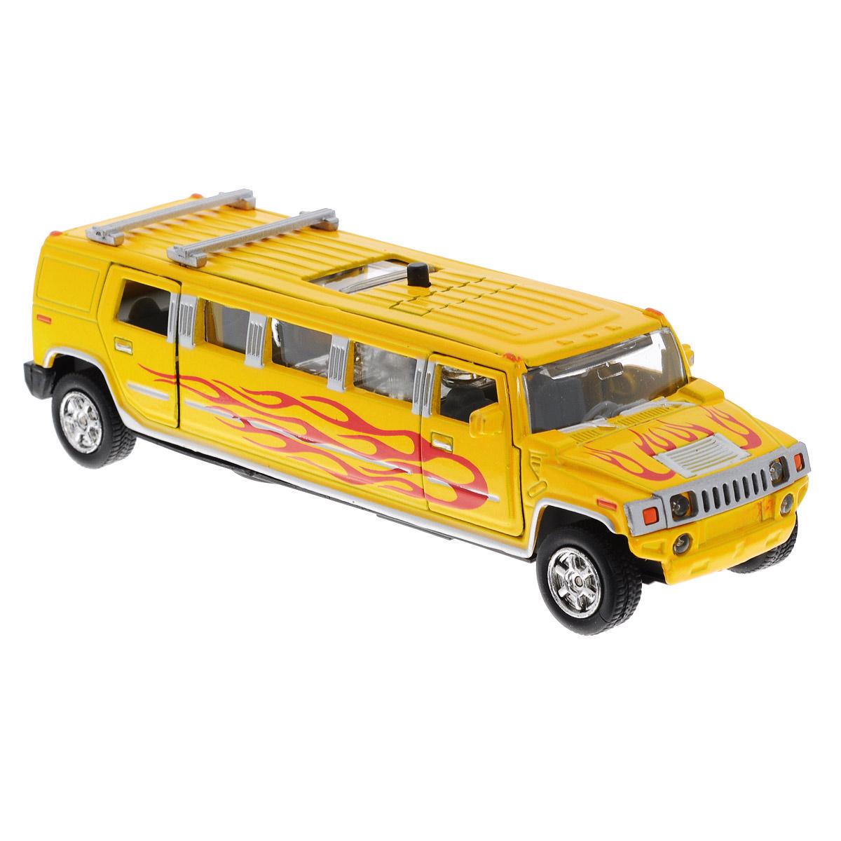 Машинка инерционная ТехноПарк Лимузин, цвет: желтыйCT10-051-2Машинка ТехноПарк Лимузин, выполненная из пластика и металла в виде лимузина, станет любимой игрушкой вашего малыша. Передние и задние двери машины, а также люк открываются; колеса прорезинены. При нажатии кнопки на крыше лимузина салон начинает подсвечиваться и воспроизводится веселая мелодия или характерные для машинки звуки. Игрушка оснащена инерционным ходом. Машинку необходимо отвести назад, затем отпустить - и она быстро поедет вперед. Ваш ребенок будет часами играть с этой игрушкой, придумывая различные истории. Порадуйте его таким замечательным подарком! Машинка работает от батареек (товар комплектуется демонстрационными).