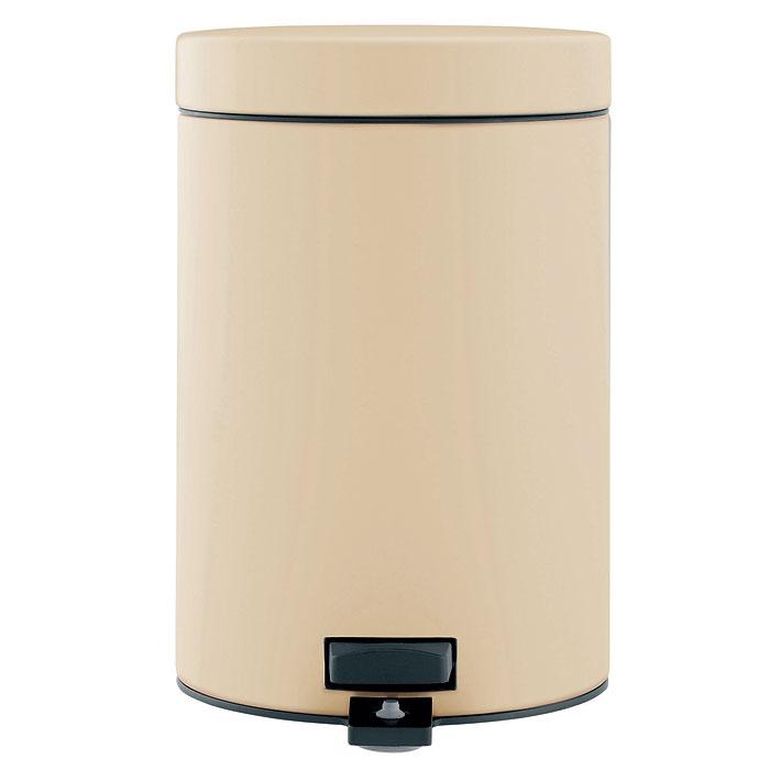 Ведро для мусора Brabantia, с педалью, цвет: бежевый, 3 л. 395420395420-BRИдеальное решение для ванной комнаты и туалета! Предотвращает распространение запахов - прочная не пропускающая запахи металлическая крышка; Плавное и бесшумное открывание/закрывание крышки; Удобная очистка – прочное съемное внутреннее ведро из пластика; Надежный педальный механизм, высококачественные коррозионно-стойкие материалы; Бак удобно перемещать - прочная ручка для переноски; Отличная устойчивость даже на мокром и скользком полу – противоскользящее основание; Предохранение пола от повреждений - пластиковый защитный обод; Всегда опрятный вид - идеально подходящие по размеру мешки для мусора с завязками (размер B); 10-летняя гарантия Brabantia.