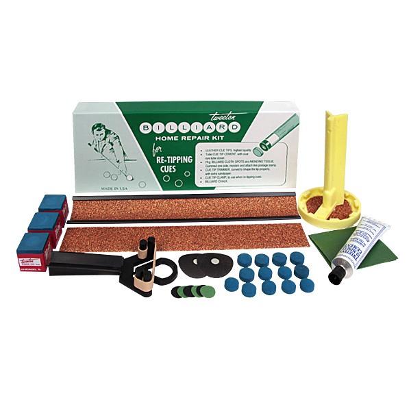 Набор для ремонта кия Tweeten Home Repair Kit02291Tweeten Home Repair Kit можно рекомендовать, как незаменимую аптечку первой помощи тем игрокам, у которых отлетела во время активной игры наклейка, а обратиться к специалисту по ремонту в оперативном порядке не представляется возможным. Набор идеально подходит также тем, кто хочет самостоятельно освоить всю тонкую процедуру замены наклейки и ремонта мелких повреждений бильярдного стола дома c использованием наиболее подходящих инструментов и материалов. В набор для ремонта кия входят: Кожаная наклейка Elk Master 13 мм с вкраплениями синего мела, средней жесткости - 12 шт. Клей Tweeten Cement с 10-минутным сроком схватывания - 1 шт. Триммер с запасным абразивным материалом для обработки наклейки - 1 шт. Метка для бильярдного стола - 1 шт. Небольшая лента для ремонта мелких повреждений бильярдного сукна - 1 шт. Бильярдный мел Master, синий - 3 шт. Инструмент для обработки торца шафта с запасным абразивным кругом - 1 шт. ...