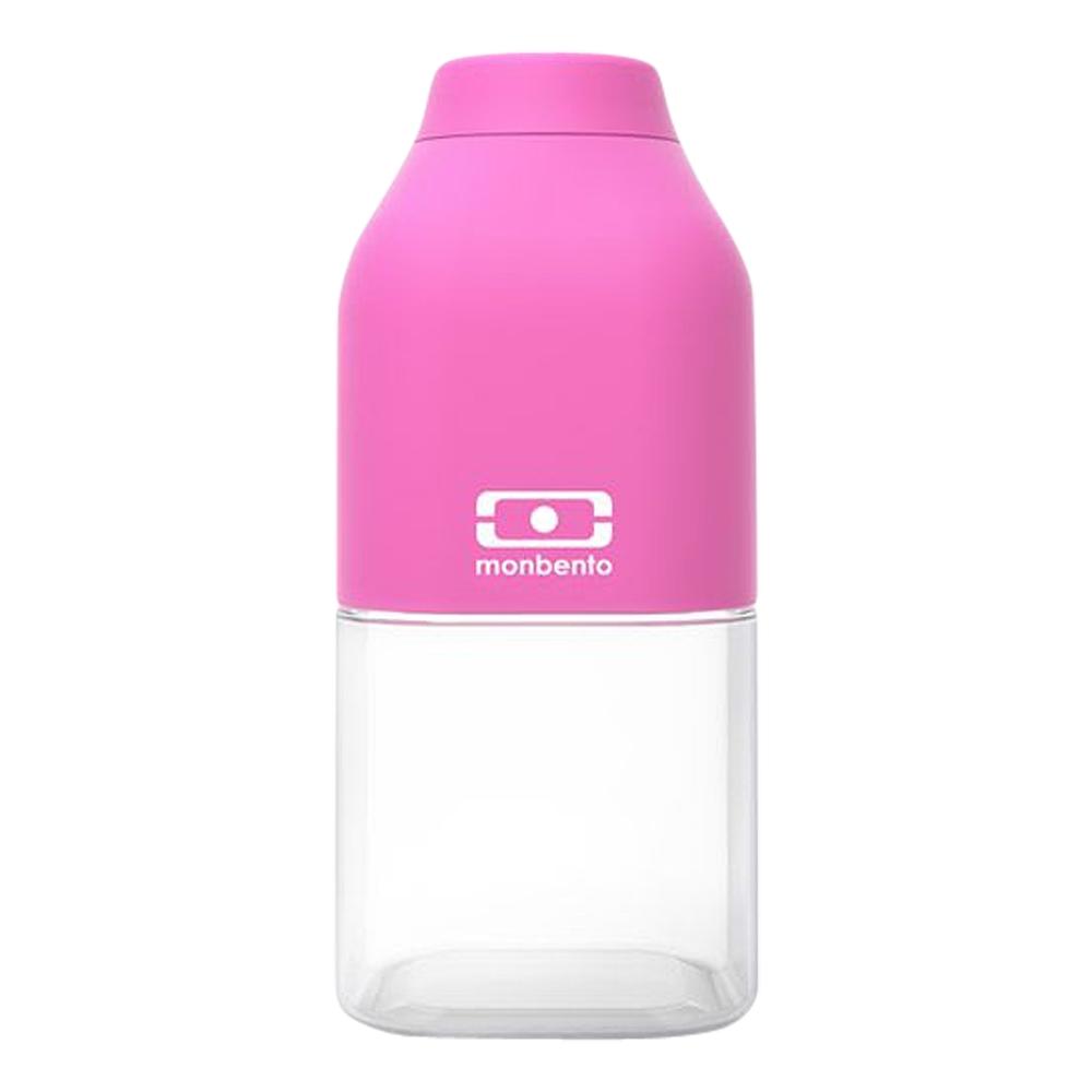 Бутылка для воды Monbento Positive, цвет: розовый, 330 мл1011 01 106Бутылка для воды Monbento Positive изготовлена из безопасного пищевого пластика (BPA free). Одна половина бутылки - прозрачная, вторая оснащена цветным покрытием Soft touch, благодаря чему ее приятно держать в руке. Изделие оснащено герметичной закручивающейся крышкой. Такая идеальная бутылка небольшого размера, но отличной вместимости наполняет оптимизмом, даря заряд позитива и хорошего настроения. Многоразовая бутылка пригодится в спортзале, на прогулке, дома, на даче - в общем, везде! Забудьте про одноразовые пластиковые емкости - они некрасивые, да и засоряют окружающую среду. А такая красота в руках точно привлечет взгляды окружающих. Нельзя мыть в посудомоечной машине. Высота бутылки (с учетом крышки): 13,5 см. Размер дна: 6 см х 6 см.