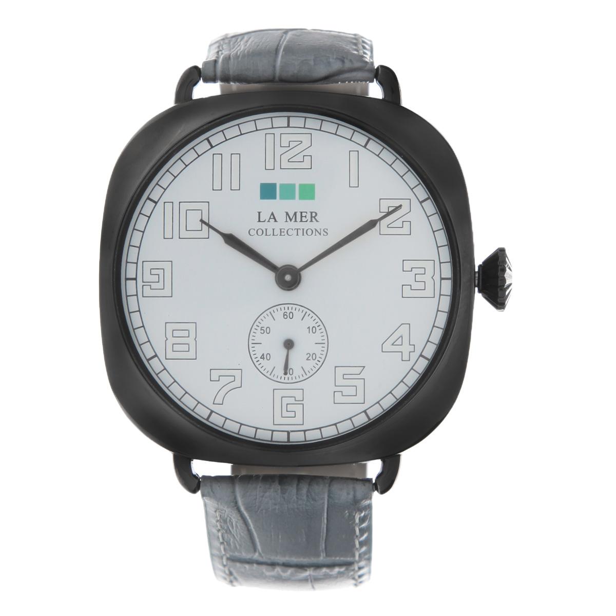 Часы наручные женские La Mer Collections Oversize vintage watch-Grey/Gunmetal. LMOVW2040LMOVW2040Ремешок выполнен из натуральной итальянской кожи и декорирован принтом. Корпус часов изготовлен из сплава металлов, темно-серого цвета. Циферблат оснащен часовой, минутной и секундной стрелками и защищен минеральным стеклом, имеется отдельный механизм для секундной стрелки. Часы застегиваются на классическую застежку-пряжку. Часы хранятся на специальной подушечке в футляре из искусственной замши, крышка которого оформлена логотипом компании La Mer Collection. Характеристики: Размер циферблата: 50 х 50 х 8 мм. Размер ремешка: 200 х 25 мм. Не содержат никель. Водонепроницаемость до 10 метров. Собираются вручную в США.