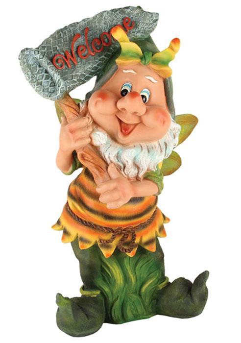 Декоративная фигурка Korall Гном с сачком, высота 55 см. NF12018-2816454Декоративная фигурка Korall, изготовленная из пластика, выполнена в виде забавного гнома с сачком и надписью Welcome. Такая фигурка отлично подойдет для декоративного оформления вашего сада или дома. Декоративные фигурки для украшения способны придать участку или интерьеру собственный, ни на что не похожий образ. Кроме этого, веселые и незатейливые фигурки поднимут настроение вам, вашим друзьям и родным. Размер фигурки (ДхШхВ): 32 см х 23 см х 55 см.
