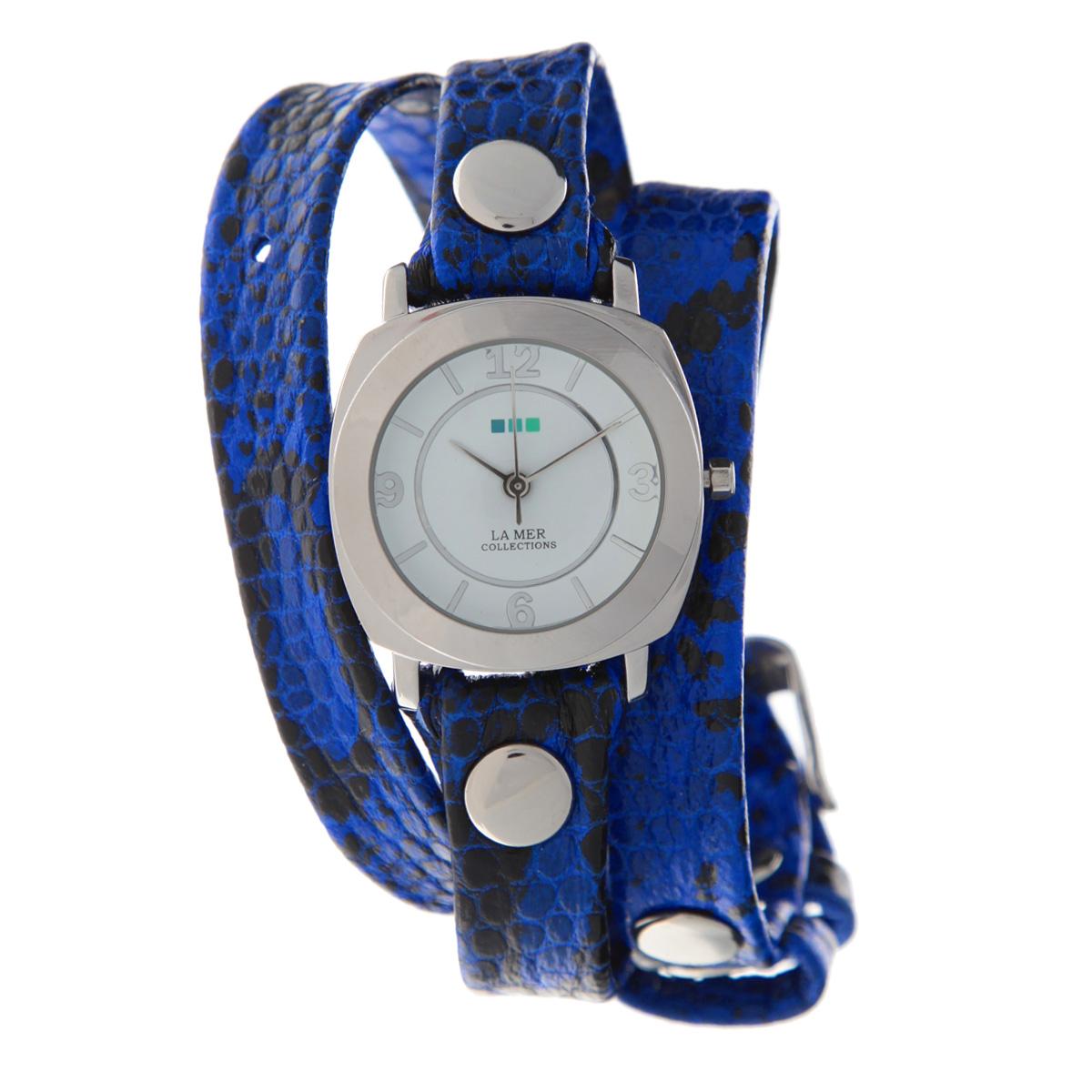 Часы наручные женские La Mer Collections Odyssey Electric Blue Snake. LMODY2001xLMODY2001xЖенские наручные часы  La Mer Collections позволят вам выделиться из толпы и подчеркнуть свою индивидуальность. Часы оснащены японским кварцевым механизмом SEIKO. Ремешок выполнен из натуральной итальянской кожи и декорирован металлическими заклепками и текстурирован под змеиную кожу. Корпус часов изготовлен из сплава металлов, серебристого цвета. Циферблат оснащен часовой, минутной и секундной стрелками и защищен минеральным стеклом. Часы застегиваются на классическую застежку. Часы хранятся на специальной подушечке в футляре из искусственной кожи, крышка которого оформлена логотипом компании La Mer Collection. Характеристики: Размер циферблата: 29 х 29 х 8 мм. Размер ремешка: 550 х 13 мм. Не содержат никель. Не водостойкие. Собираются вручную в США.